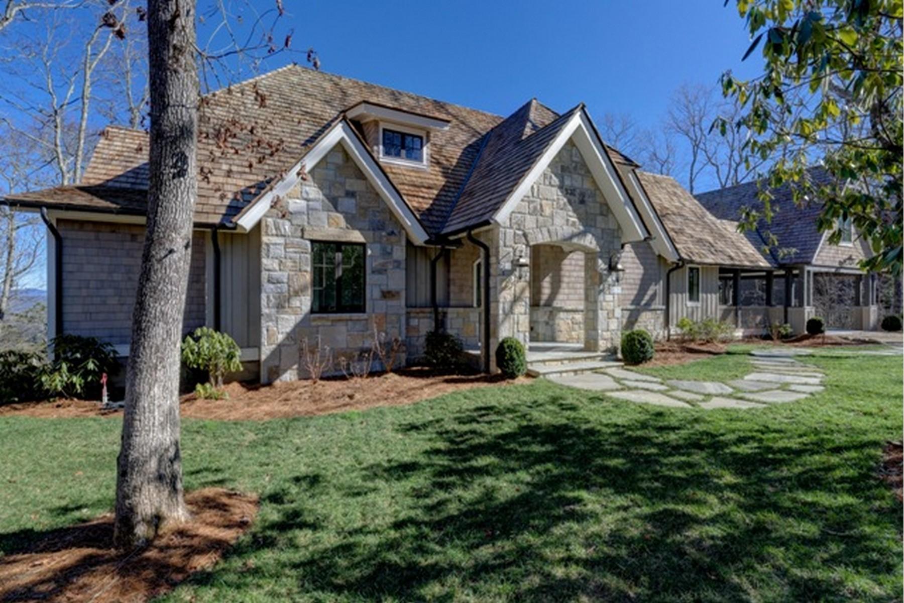 Vivienda unifamiliar por un Venta en 81 Sundown Crest Highlands, Carolina Del Norte, 28741 Estados Unidos