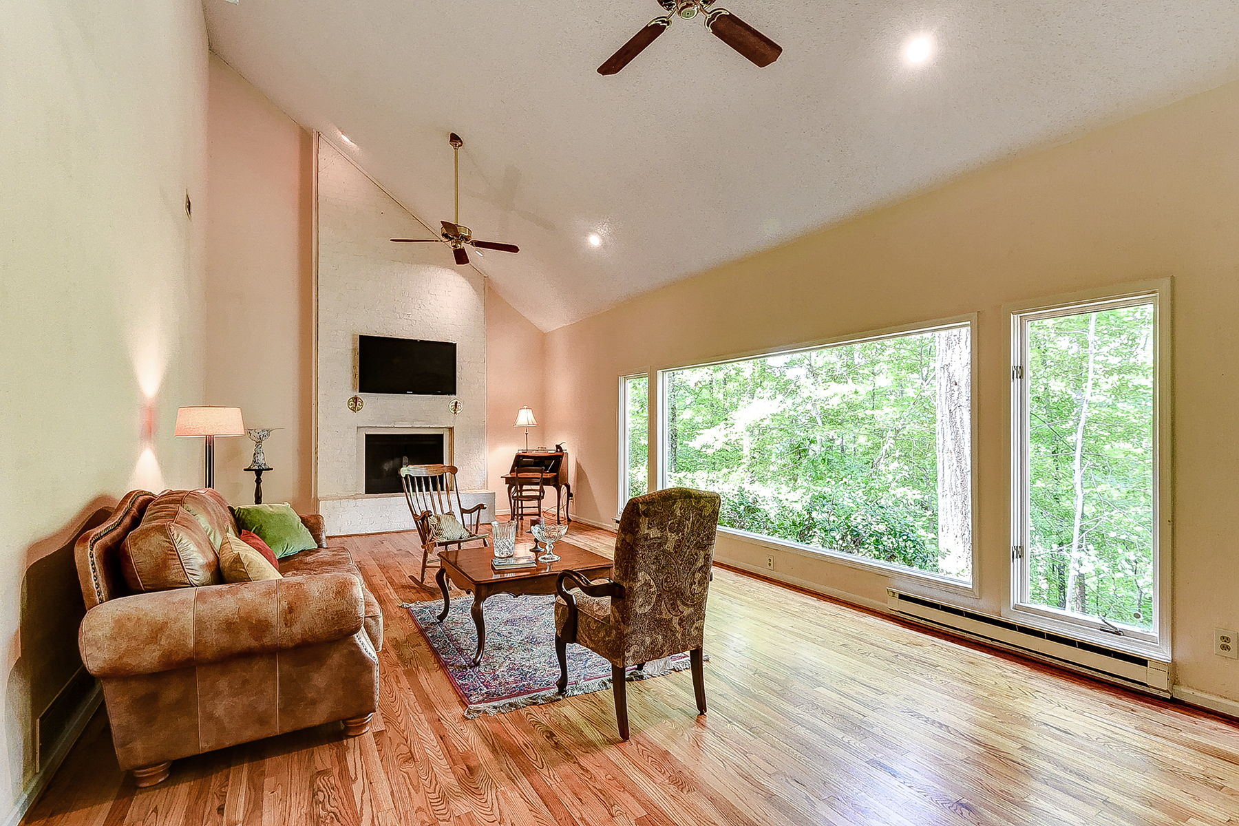 Single Family Home for Sale at Nestled In The Woods 165 River Court Parkway Atlanta, Georgia 30328 United States