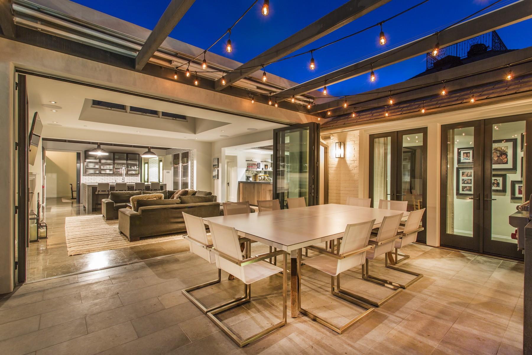 独户住宅 为 销售 在 6121 Vista De La Mesa 拉荷亚, 加利福尼亚州, 92037 美国