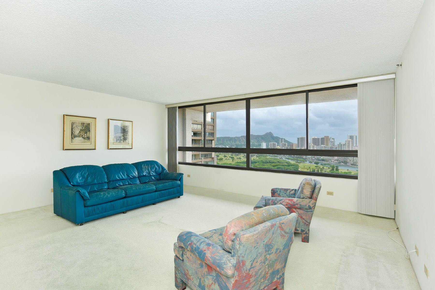 Additional photo for property listing at Royal Iolani 581 Kamoku Street #2604 Honolulu, Hawaii 96826 Estados Unidos