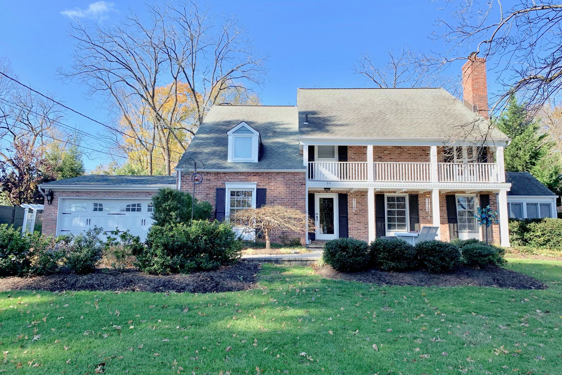 Single Family Homes for Active at Beautiful Colonial Home 31 Norman Circle Madison, New Jersey 07940 United States