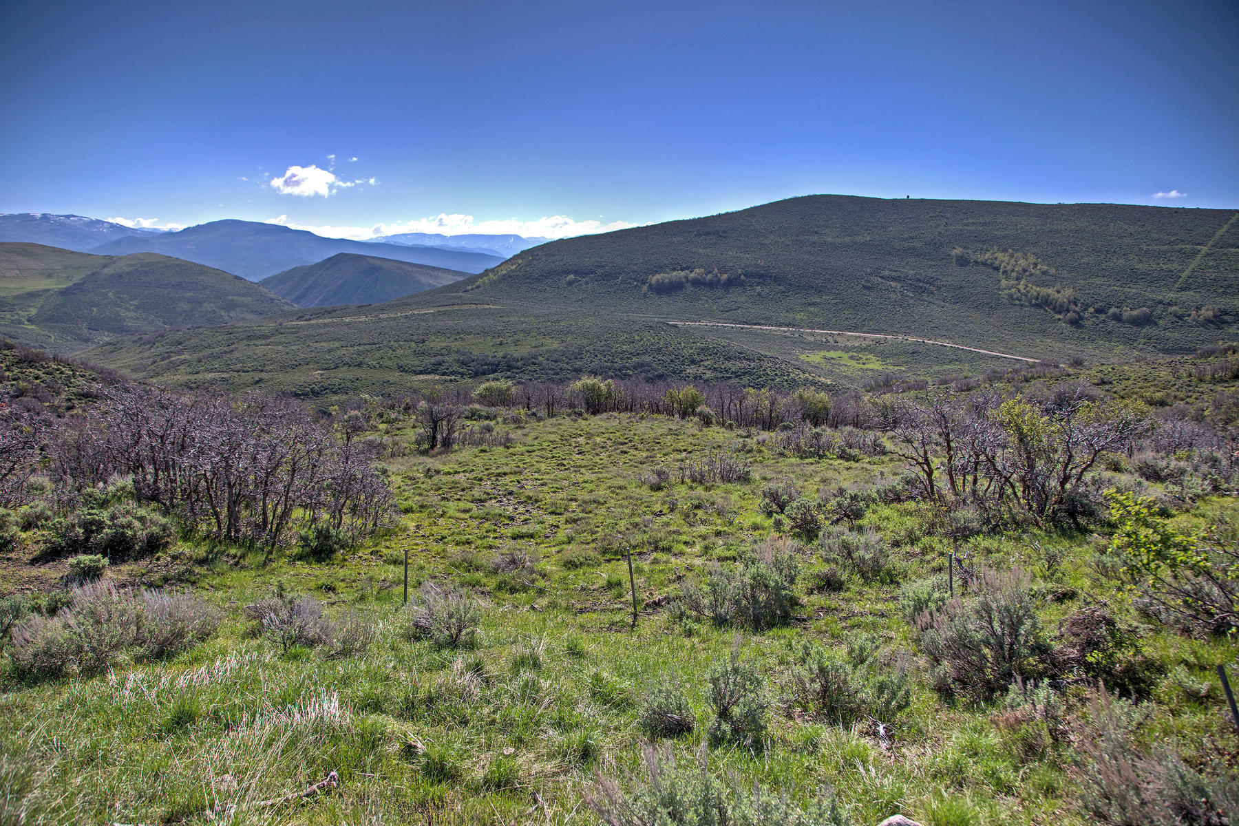 Terreno para Venda às Great Custom Homesite with Direct Views of Uinta Mountains and Open Space 3844 E Outcrop Rd Lot 43 Park City, Utah, 84098 Estados Unidos