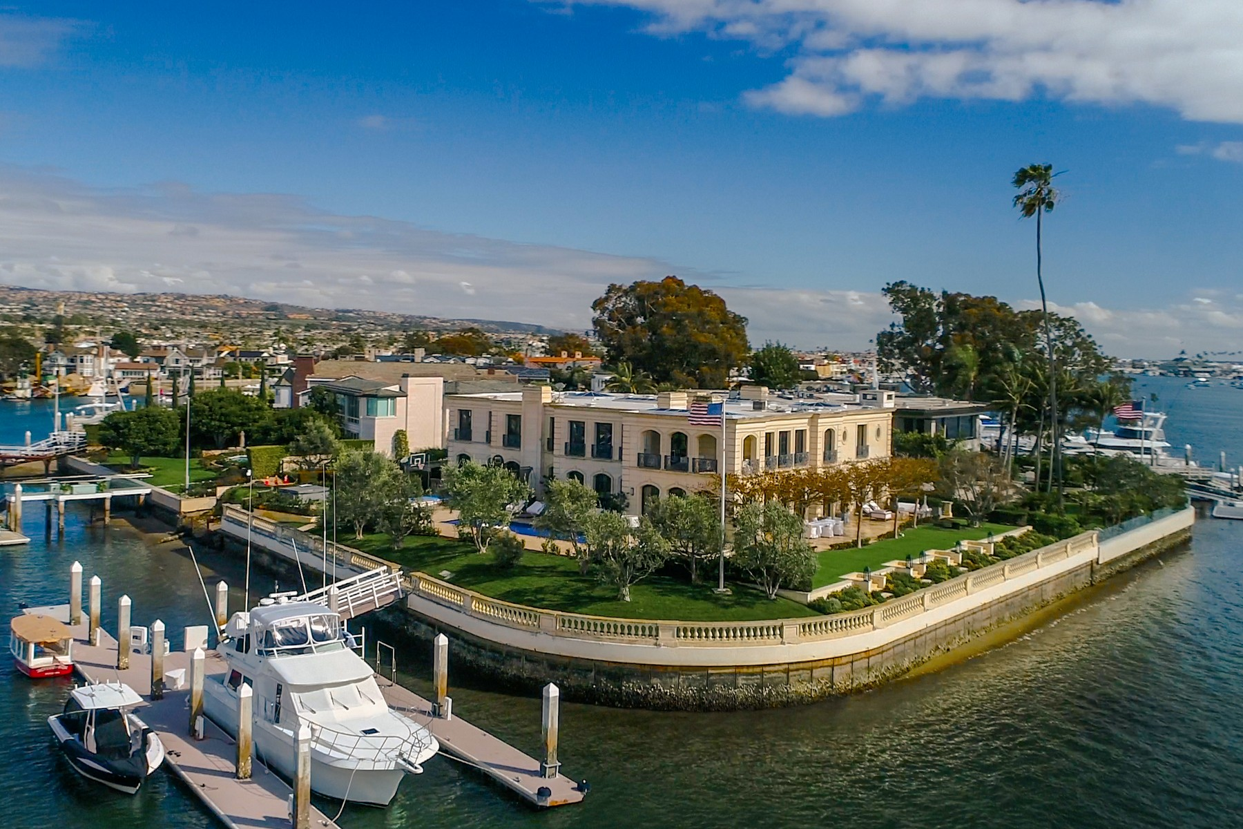 Single Family Homes for Sale at 18 Harbor Island Newport Beach, California 92660 United States