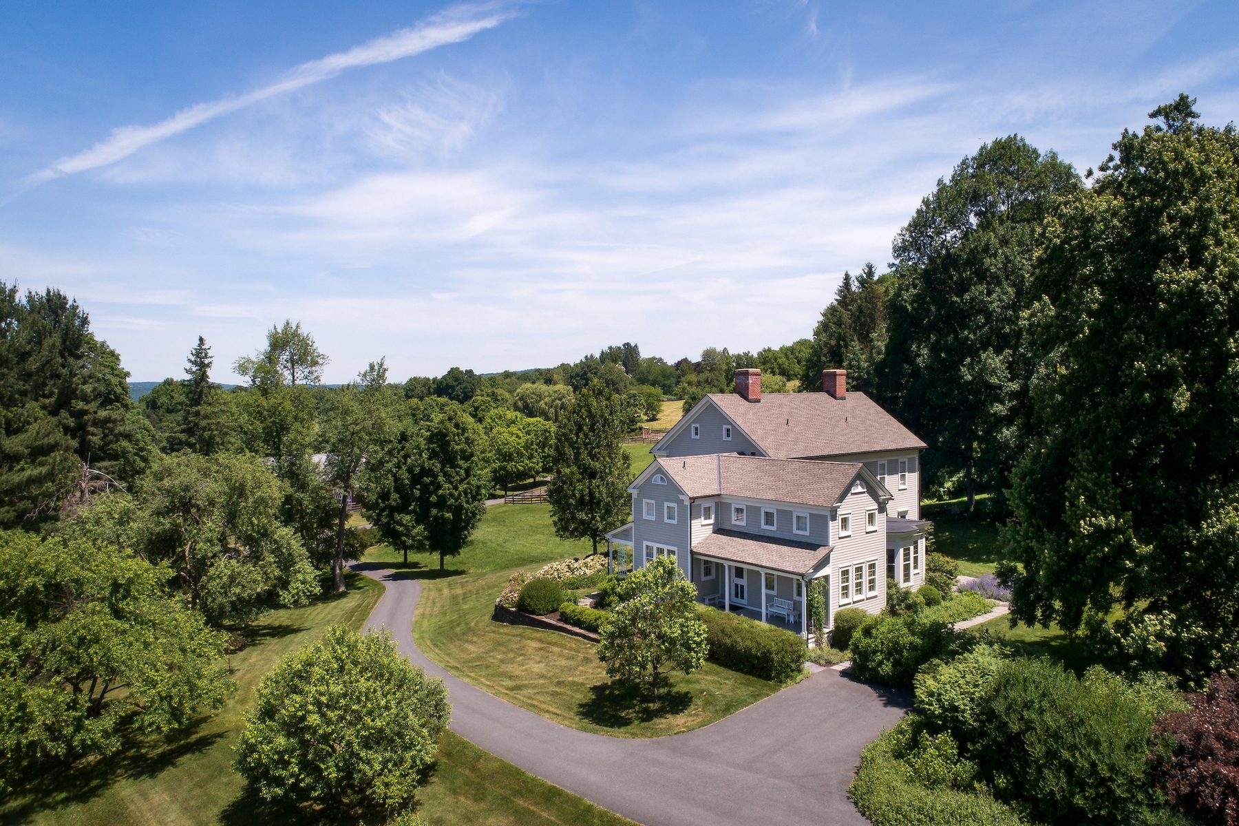 Casa Unifamiliar por un Venta en Spruce Ridge Farm 434 County Route 13 Old Chatham, Nueva York 12136 Estados Unidos