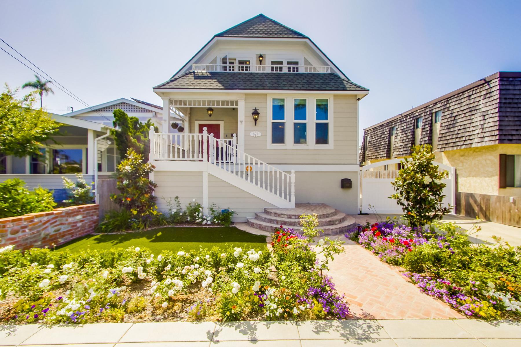 Single Family Homes for Sale at 827-829 A Ave Coronado, California 92118 United States