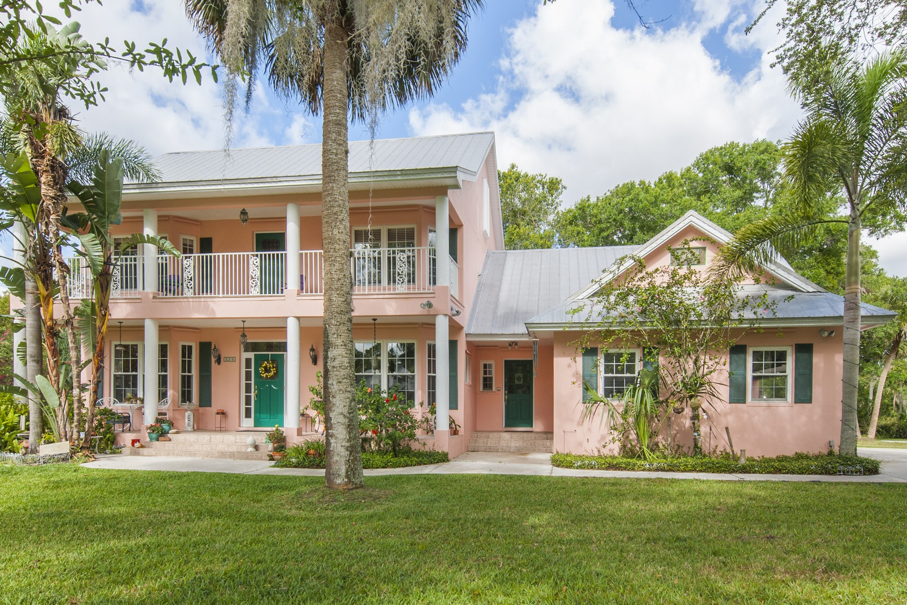 Casa Unifamiliar por un Venta en Lucie's Edge 5450 Palmetto Avenue Fort Pierce, Florida 34982 Estados Unidos