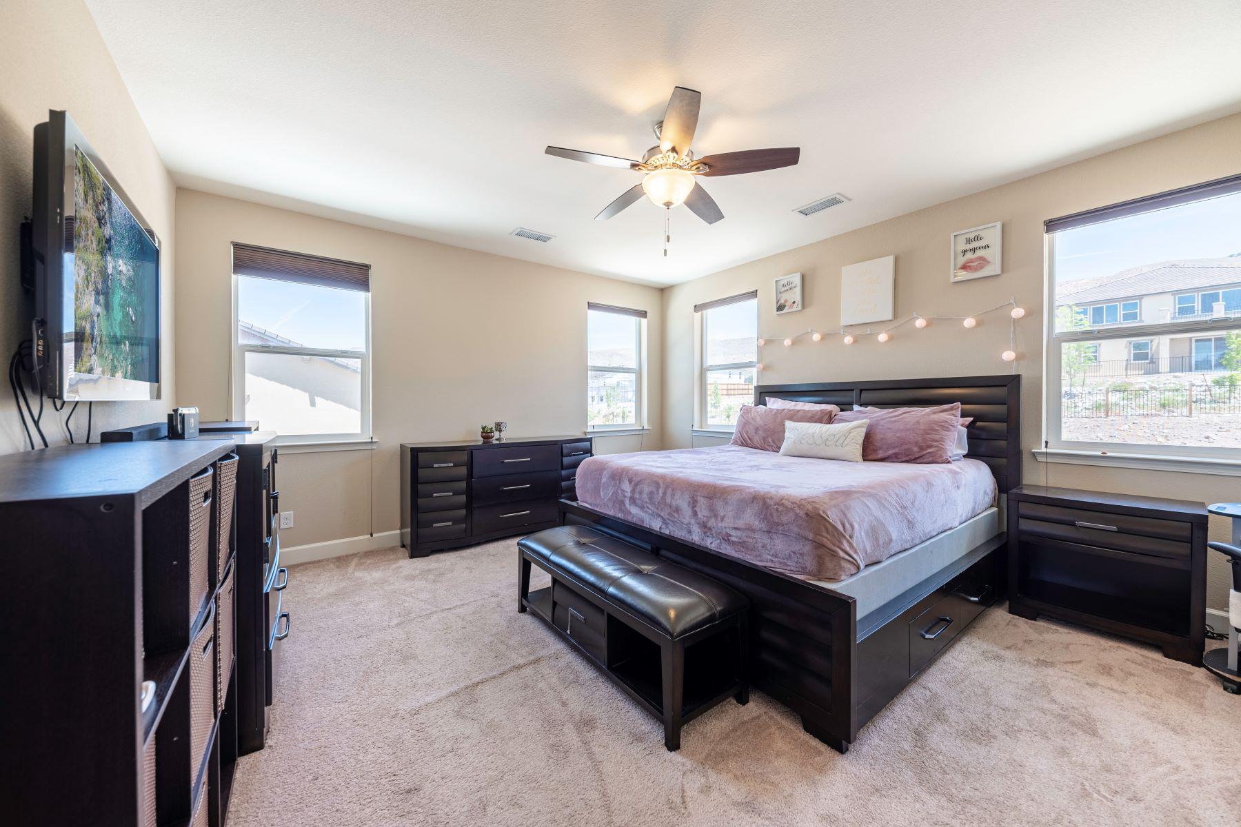 Additional photo for property listing at NextGen Golden Hills Living 10120 Barrel Racer Dr. Reno, Nevada 89521 United States
