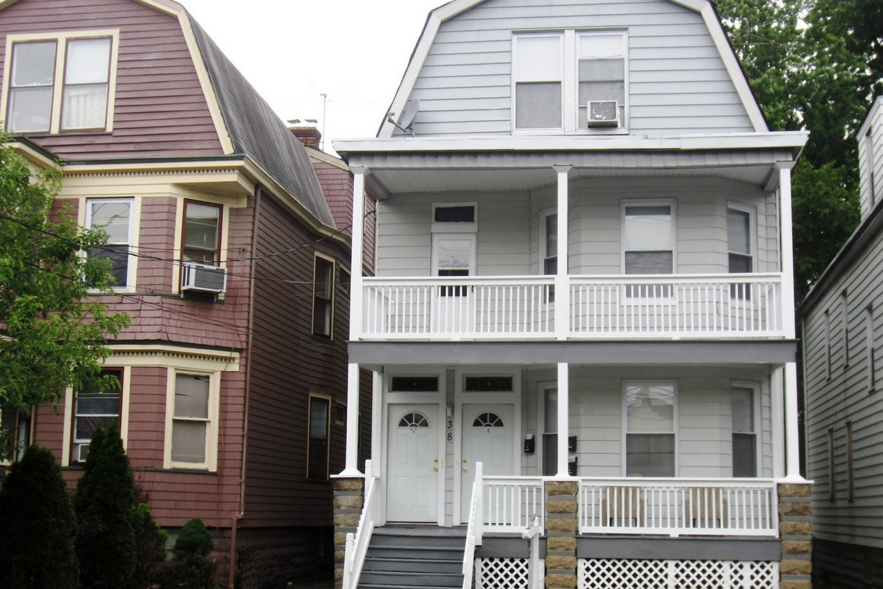 Multi-Family Home for Rent at Spacious Three Bedroom Apartment 38 Prospect Street, #B2 Bloomfield, New Jersey 07003 United States