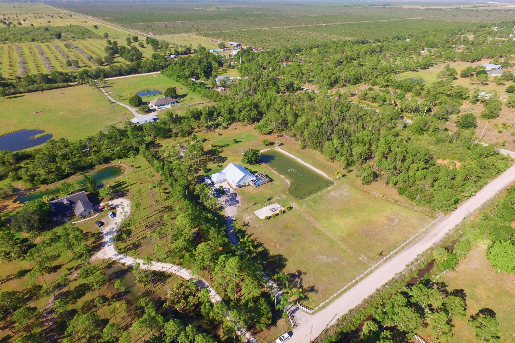 Single Family Home for Sale at 5 Acre- Waterfront Home 12925 79th Street Fellsmere, Florida 32948 United States