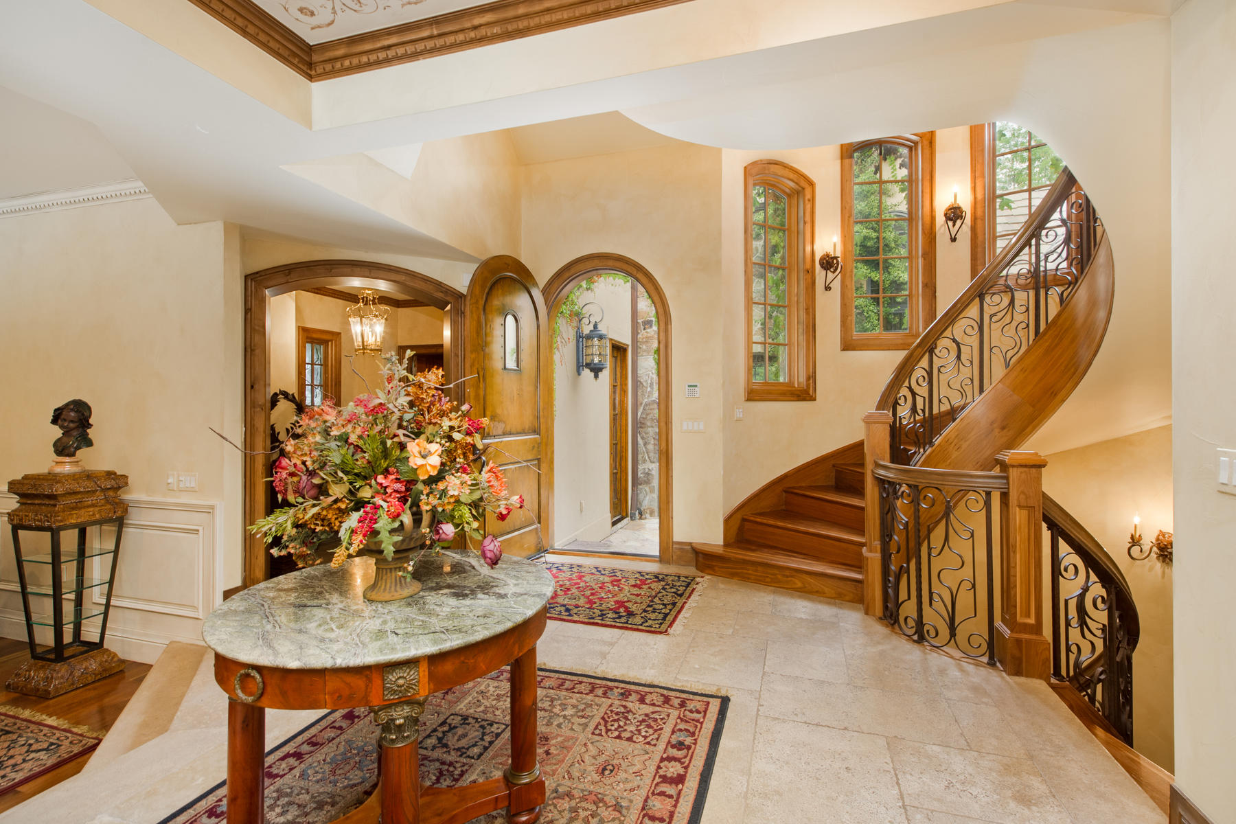 Additional photo for property listing at MODERN-EUROPEAN ESTATE, THIS GRAND PROPERTY HAS INCREDIBLE FINISHES THROUGHOUT T 4747 S Downing St Cherry Hills Village, Colorado 80113 United States