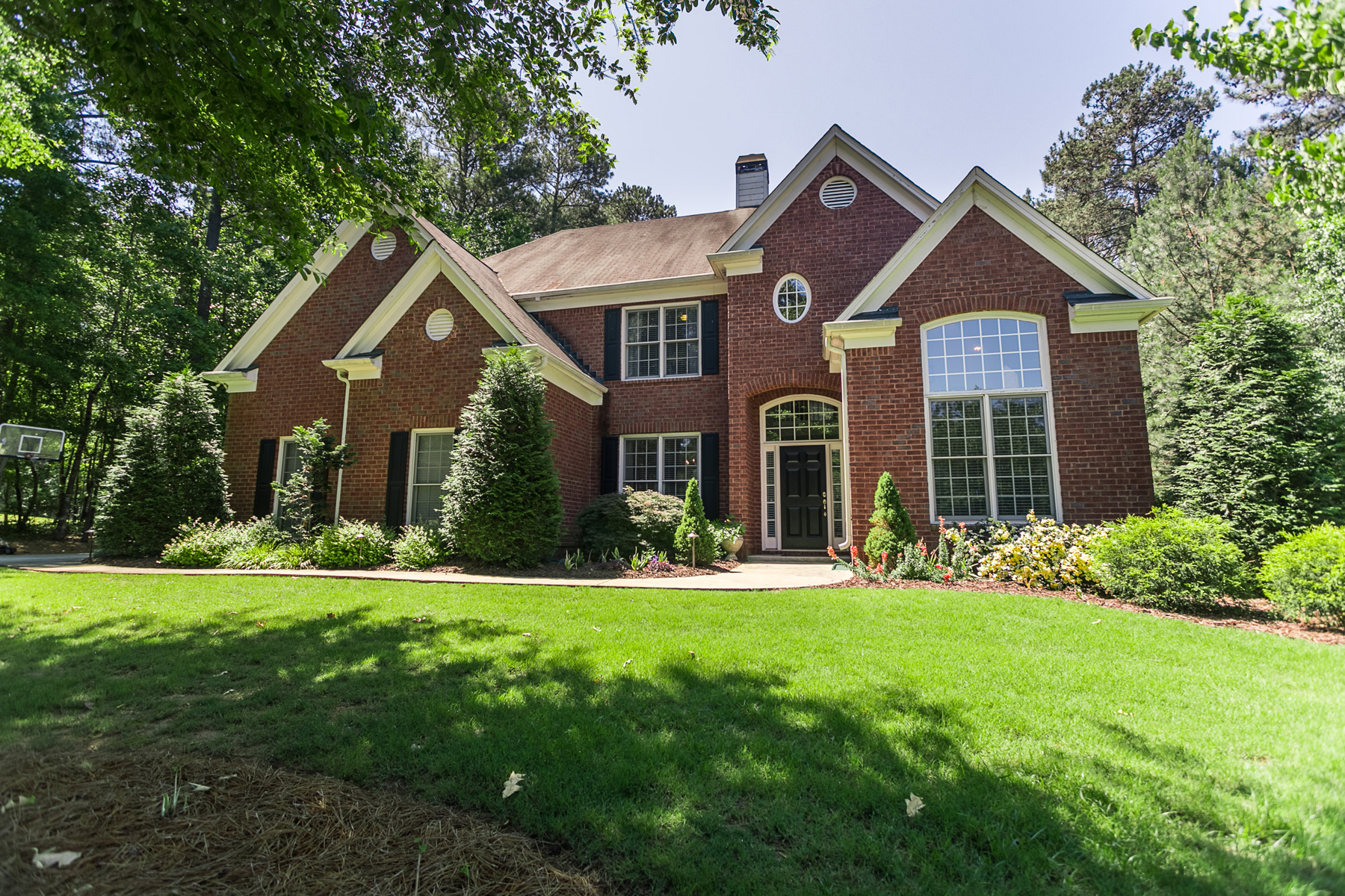 獨棟家庭住宅 為 出售 在 Awesome Updated Home On Cul-de-sac In Timber Lake 145 Woodmere Lane Fayetteville, 喬治亞州, 30215 美國