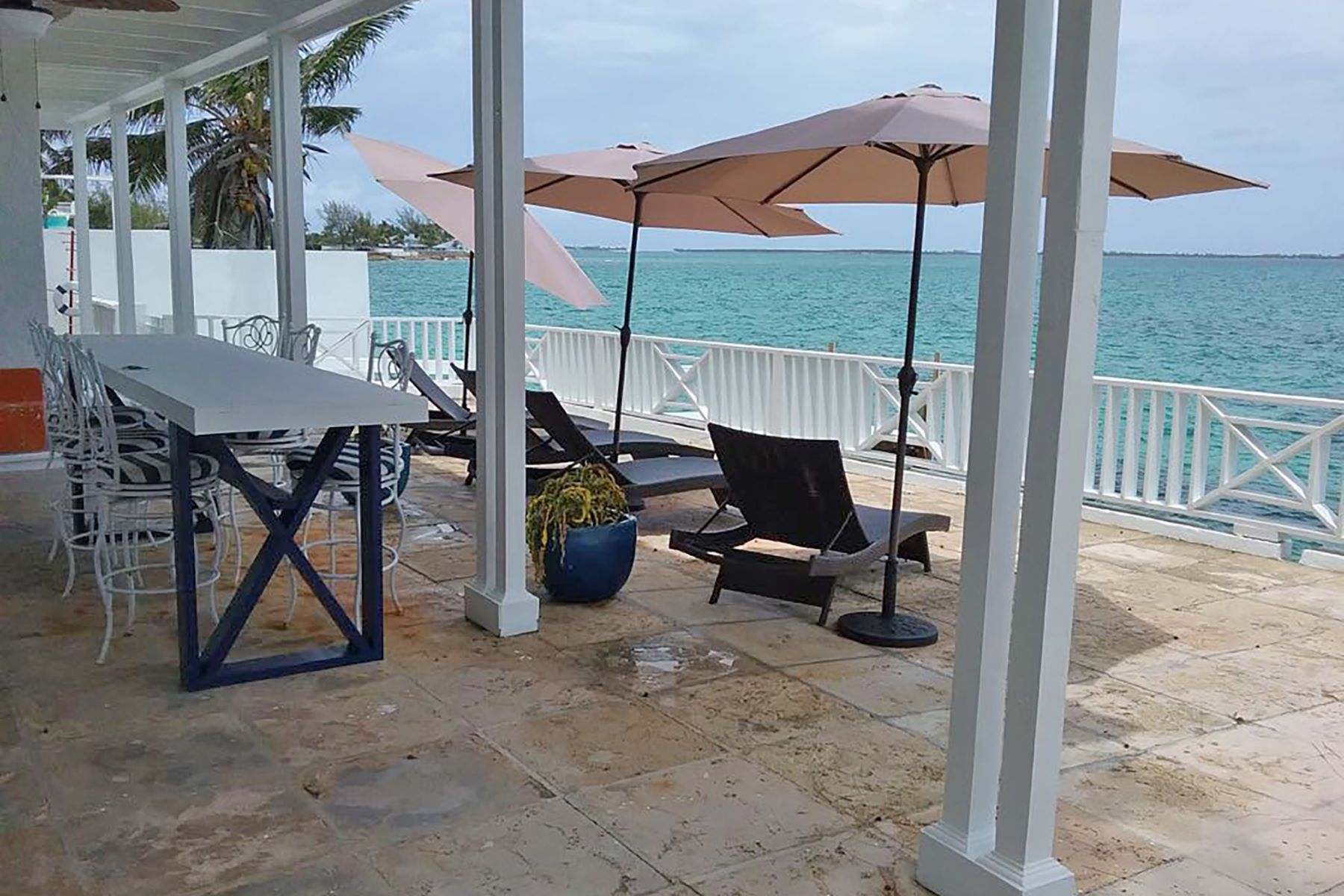Single Family Home for Sale at Los Arcos, Eastern Road Eastern Road, Nassau And Paradise Island Bahamas
