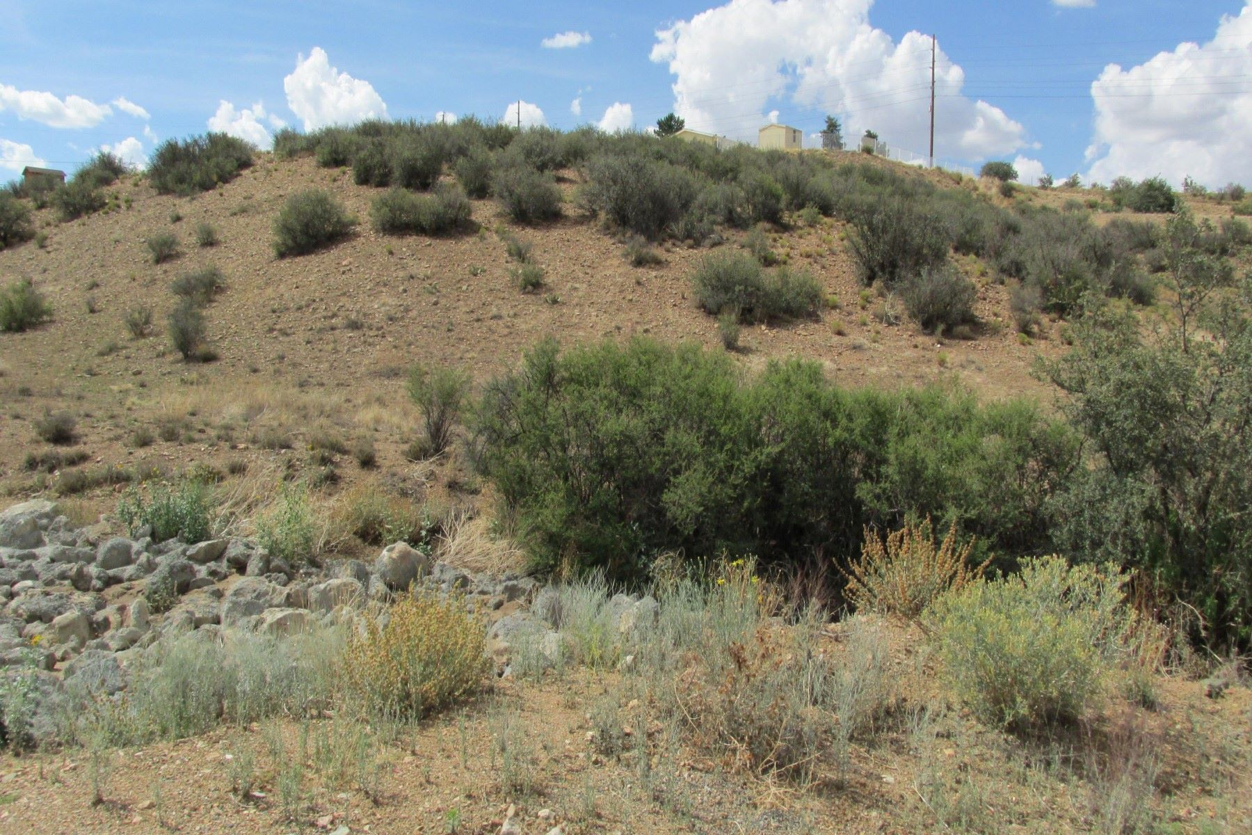 أراضي للـ Sale في 1.75 acre parcel with mountain views 11470 E Kachina Dewey Humboldt, Arizona, 86327 United States