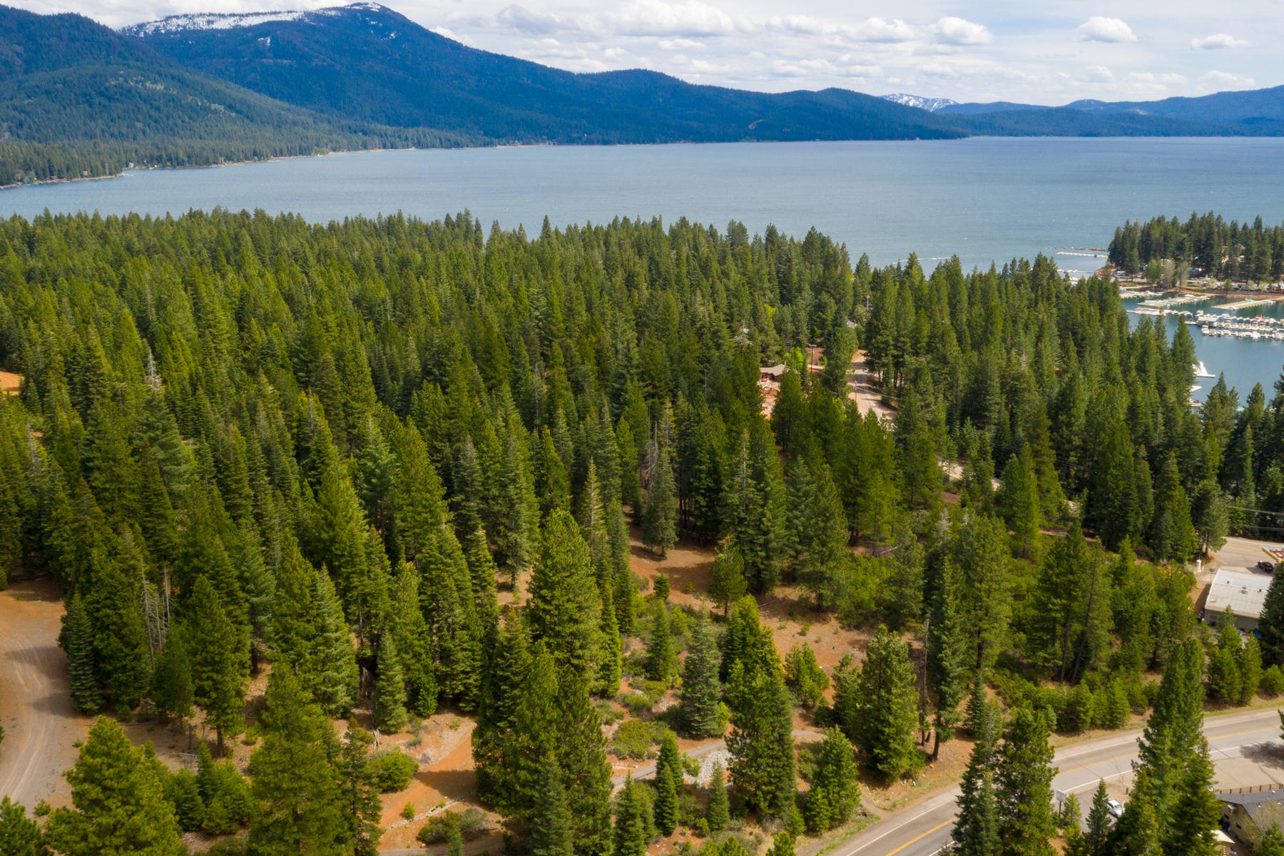 Terreno por un Venta en 343 Peninsula Dr Lake Almanor , CA 96137 343 Peninsula Drive Lake Almanor, California 96137 Estados Unidos