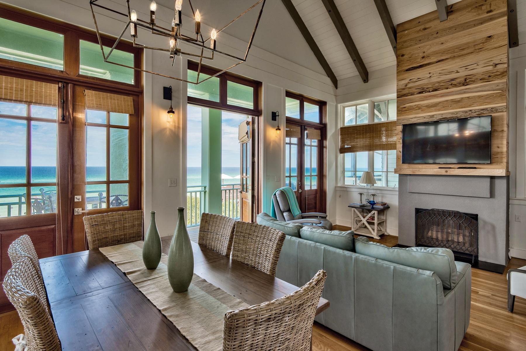 단독 가정 주택 용 매매 에 EXTRAORDINARY GULF FRONT HOME IN THE HEART OF ROSEMARY BEACH 22 Atwoods Court Rosemary Beach, Rosemary Beach, 플로리다, 32461 미국