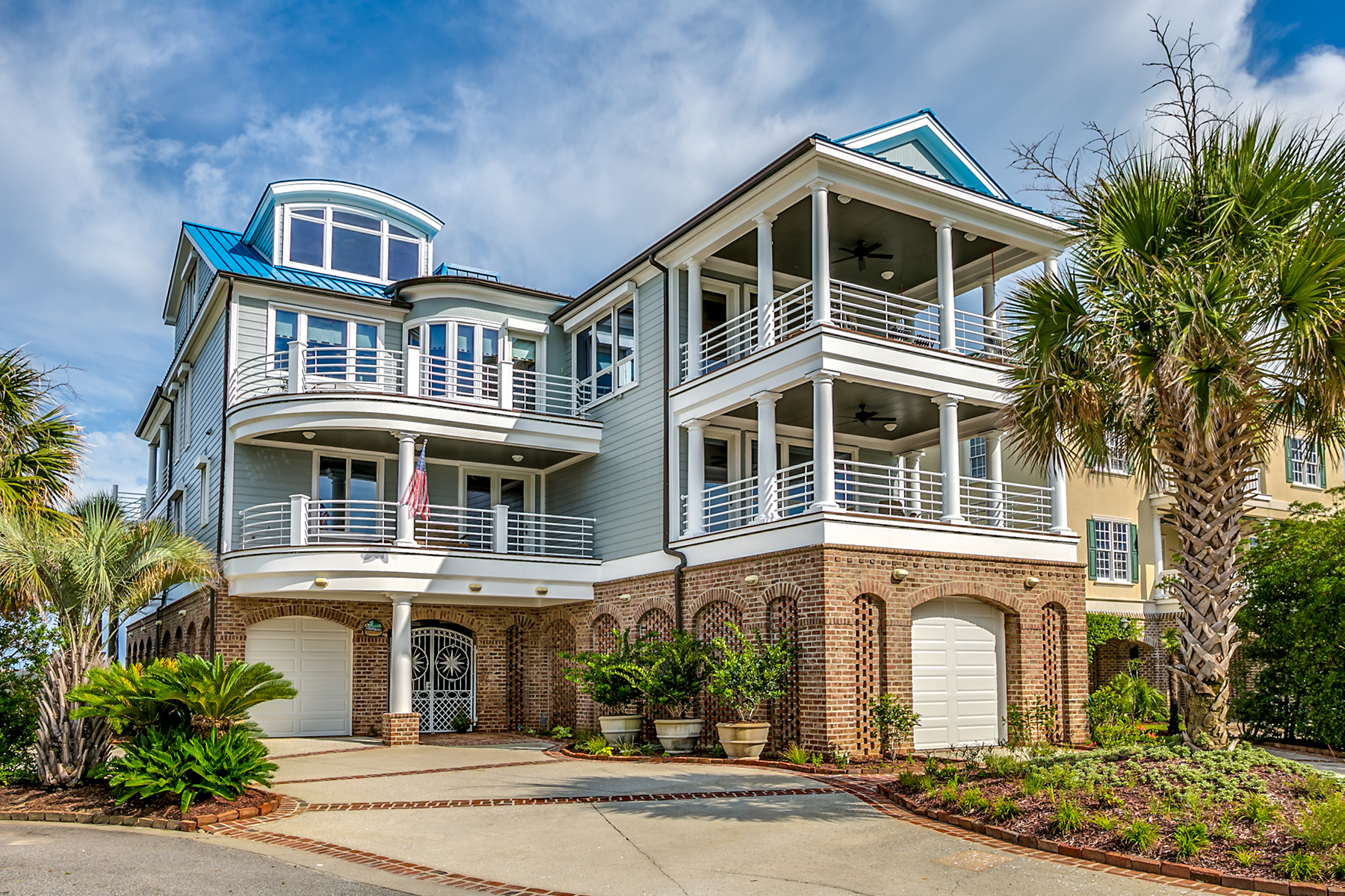 Single Family Homes for Active at 1101 Norris Drive Pawleys Island, South Carolina 29585 United States
