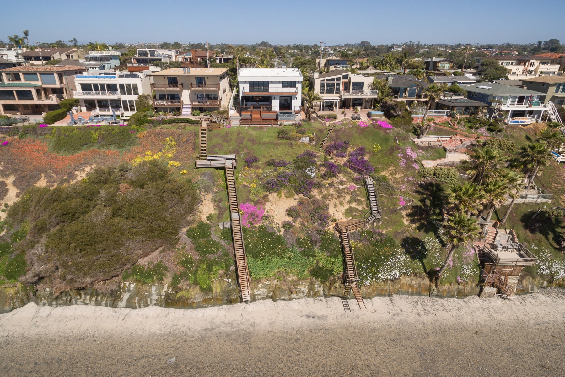 Additional photo for property listing at 1300 Neptune  Encinitas, California 92024 United States