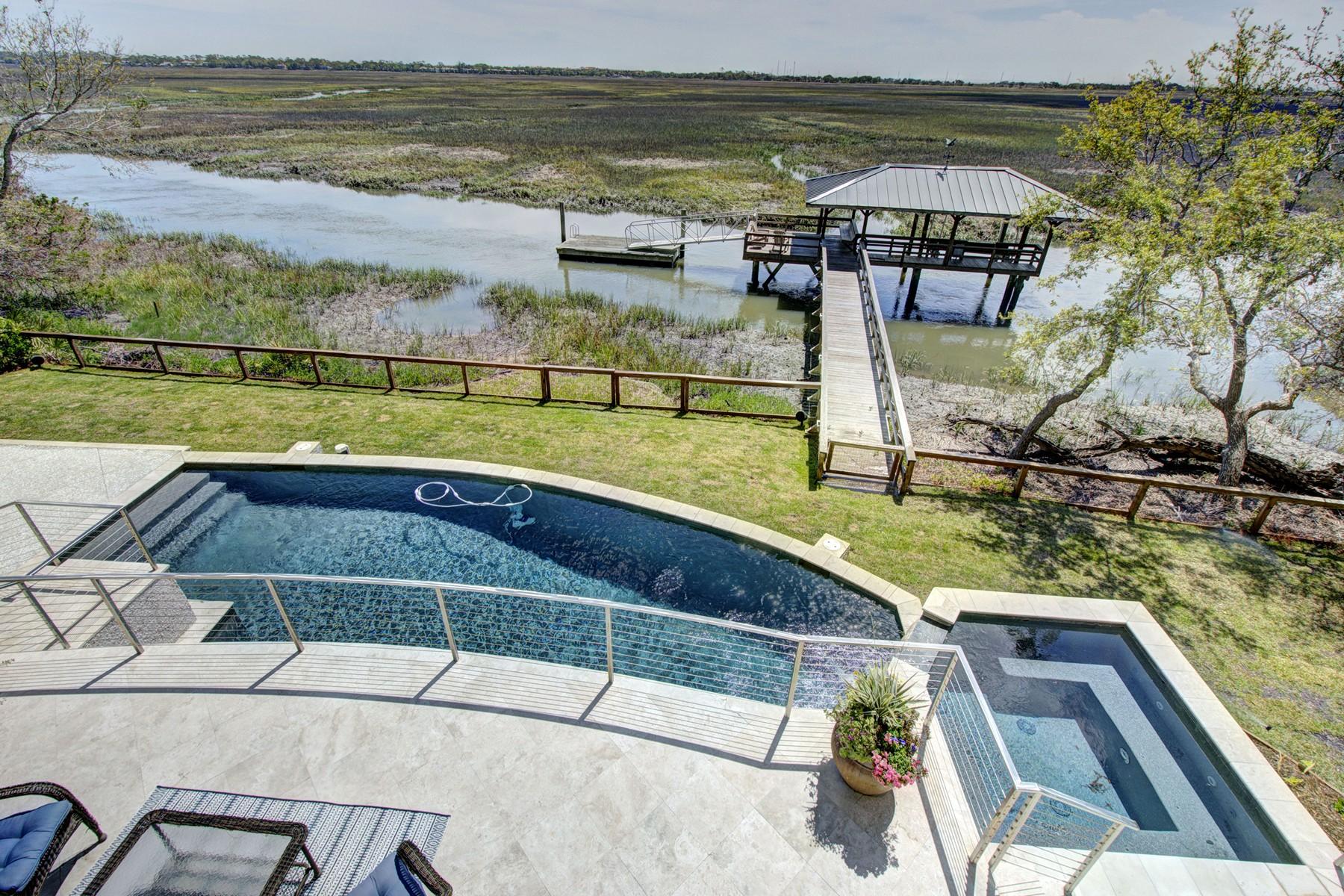 Nhà ở một gia đình vì Bán tại 150 Shore Rush Drive 150 Shore Rush Drive St. Simons Island, Georgia 31522 Hoa Kỳ