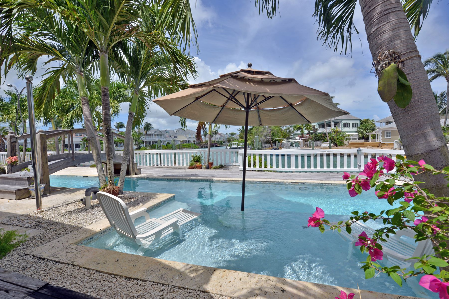 Additional photo for property listing at Governors Cay, Sandyport Sandyport, Cable Beach, Nassau And Paradise Island Bahamas