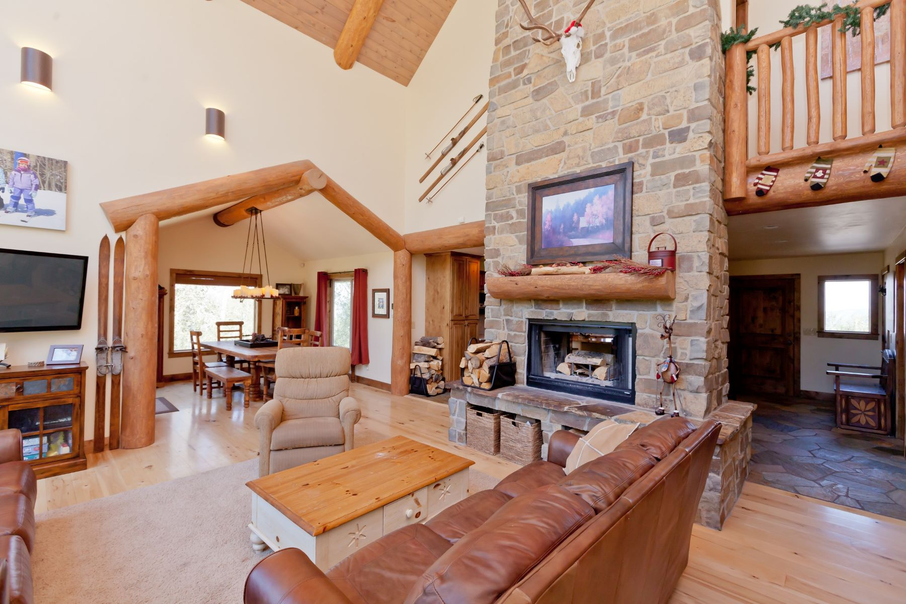 Casa Unifamiliar por un Venta en Custom Built Home at Powderhorn Ski Resort 4875 Spring Court Mesa, Colorado 81643 Estados Unidos