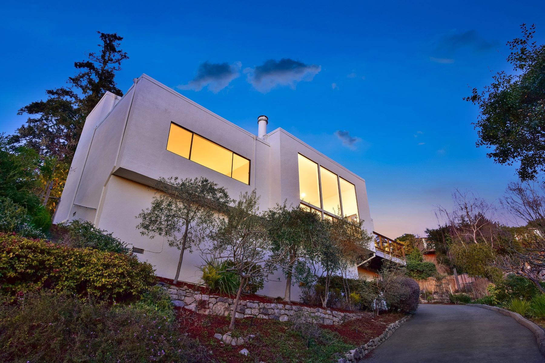 Single Family Homes for Sale at Updated Contemporary With Views 6000 Wood Drive Oakland, California 94611 United States