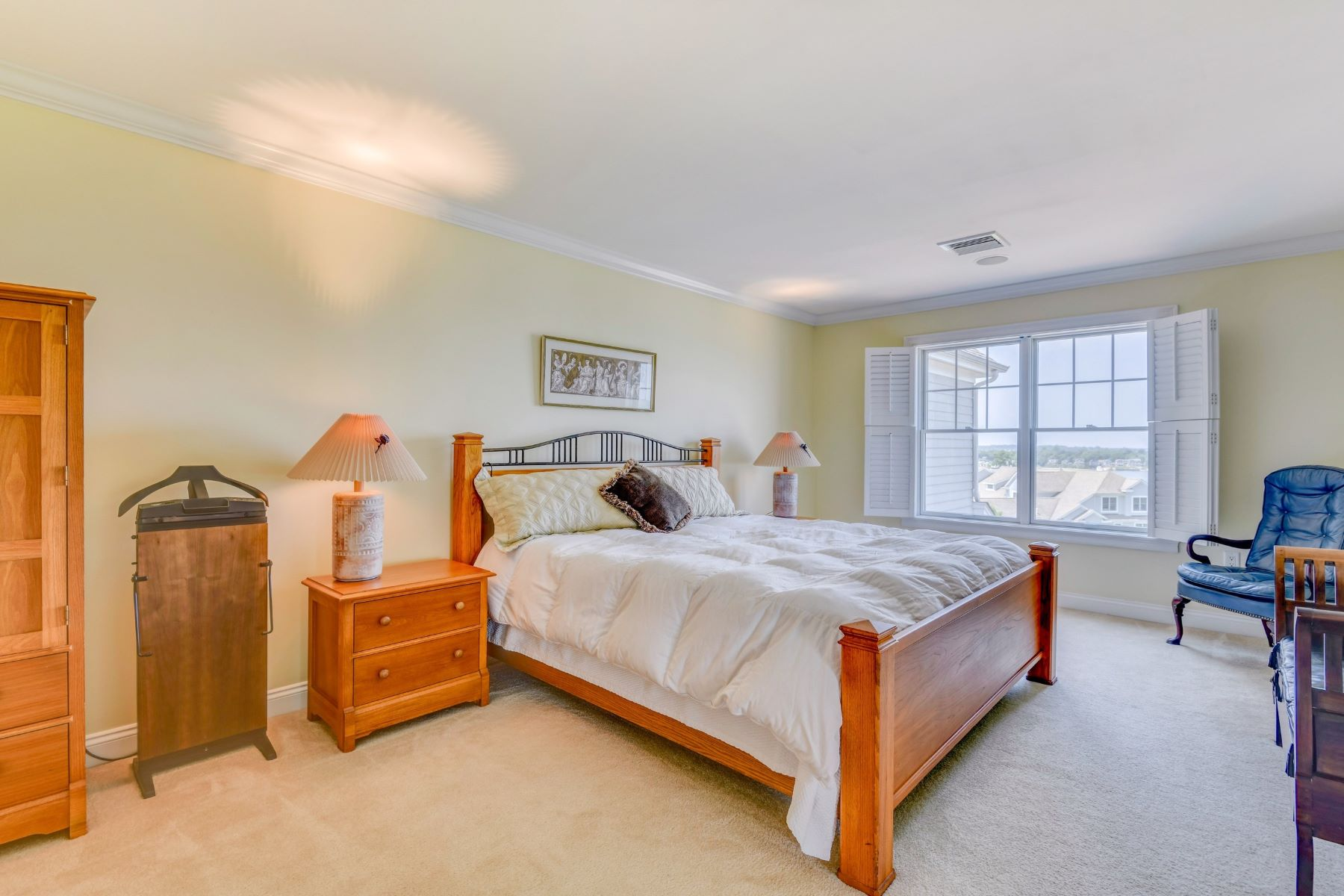 Additional photo for property listing at Luxury Condo with Water View 297 Village Road Tiverton, Rhode Island 02878 United States