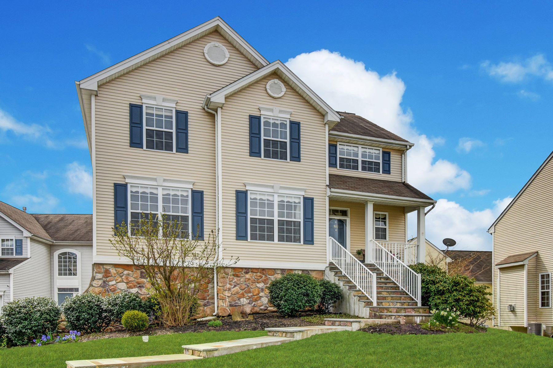 Single Family Homes por un Venta en Beautiful Ashwood Model Colonial 102 Winding Hill Drive Mount Olive, Nueva Jersey 07840 Estados Unidos