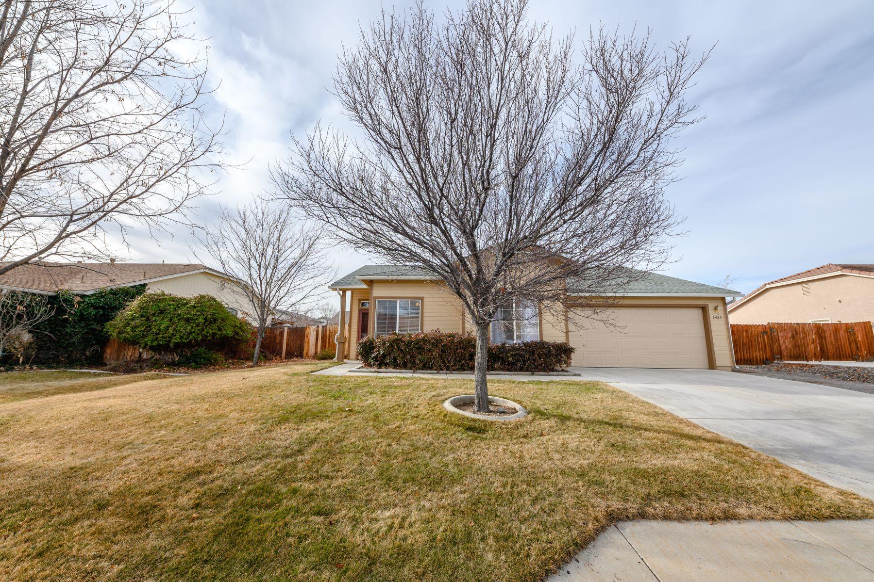 Property 为 销售 在 6425 Adobe Springs, Sparks NV 89436 6425 Adobe Springs Court 斯帕克斯, 内华达州 89436 美国