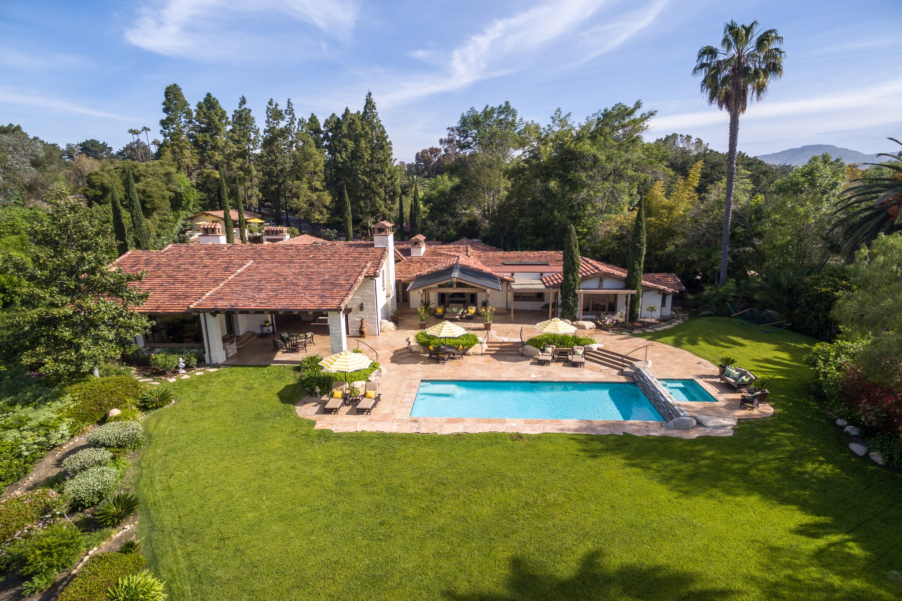 Частный односемейный дом для того Продажа на 6083 Mimulus Rancho Santa Fe, Калифорния 92067 Соединенные Штаты
