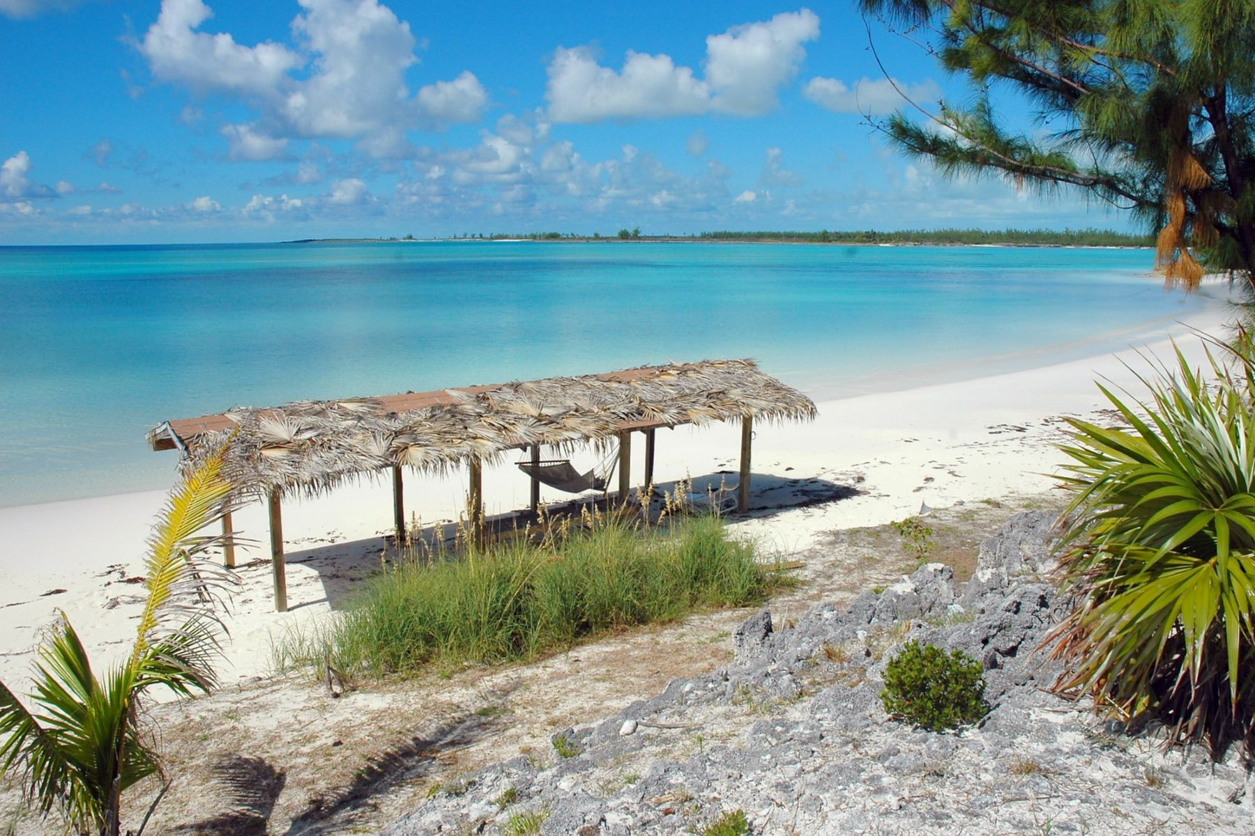 Additional photo for property listing at Whale Cay Whale Cay, Berry Islands Bahamas