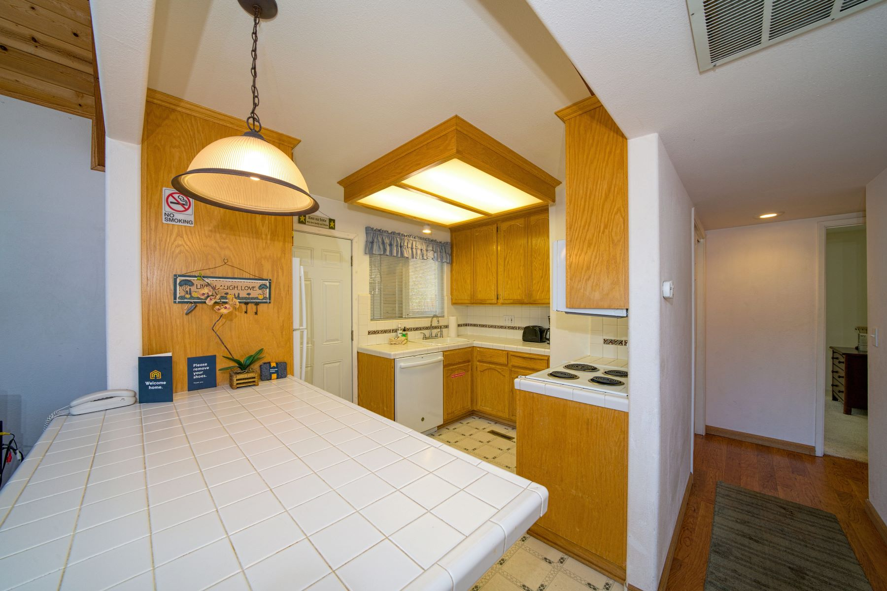 Additional photo for property listing at Pioneer Village Retreat 1401 Friant Court South Lake Tahoe, California 96150 United States