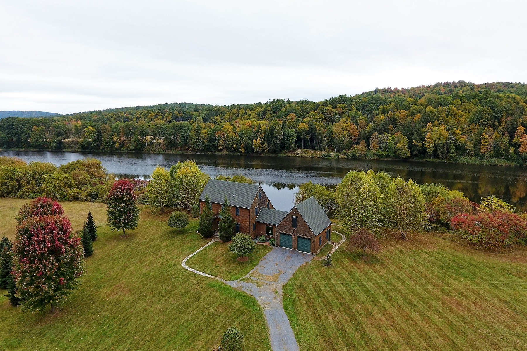 Single Family Homes for Sale at Tranquil Connecticut River Estate 1811 Connecticut River Road Springfield, Vermont 05156 United States
