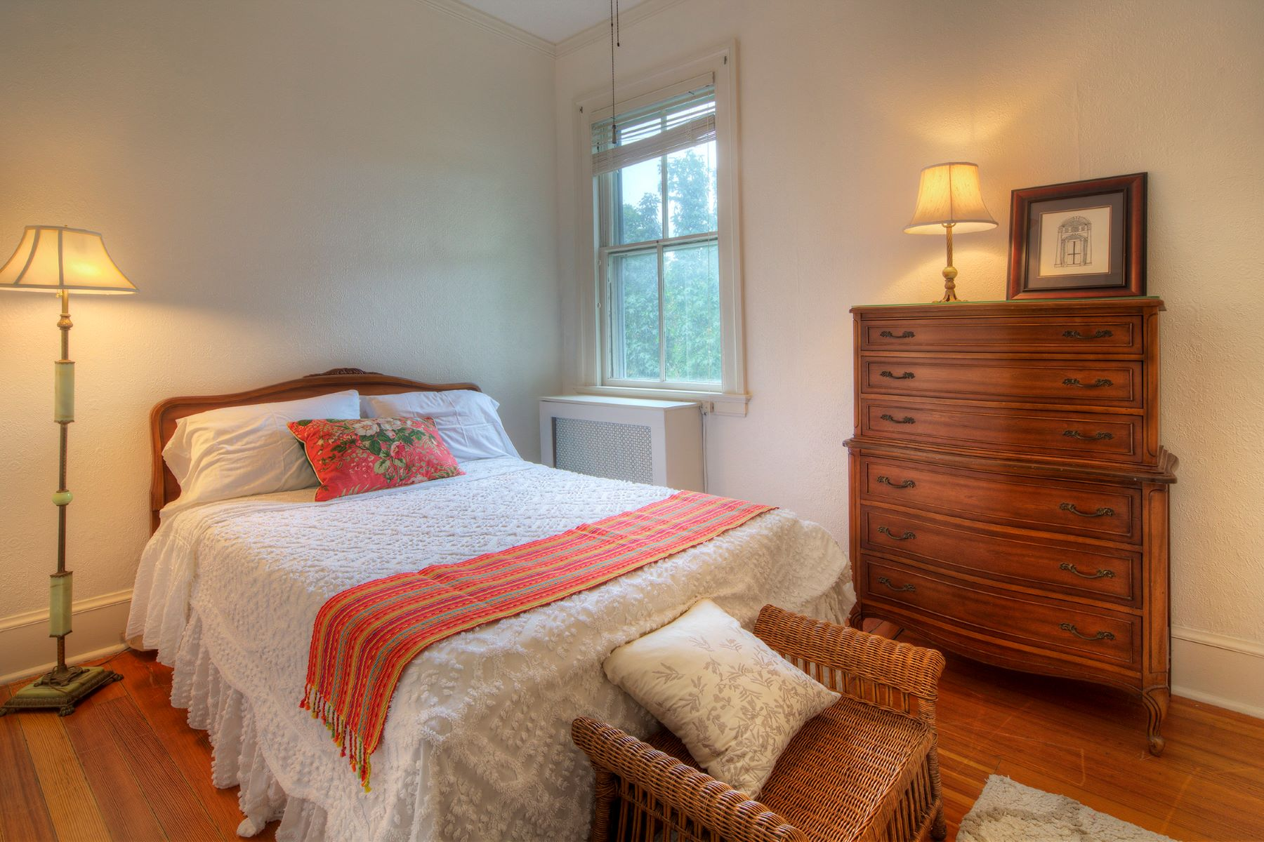 Additional photo for property listing at Daleswell Condominiums 360 Gibbs Avenue Unit #3 Newport, Rhode Island 02840 United States