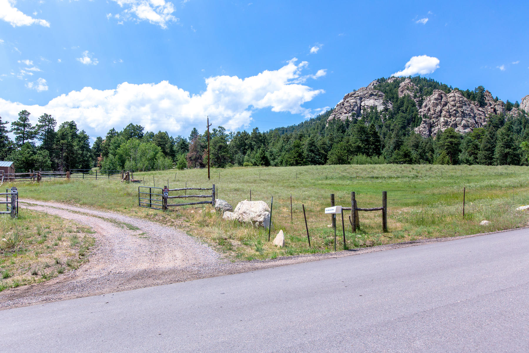 Land for Sale at 41.8 Acres Prime Residential Mountain Real Estate 9425 Eagle Cliff Road Conifer, Colorado, 80433 United States