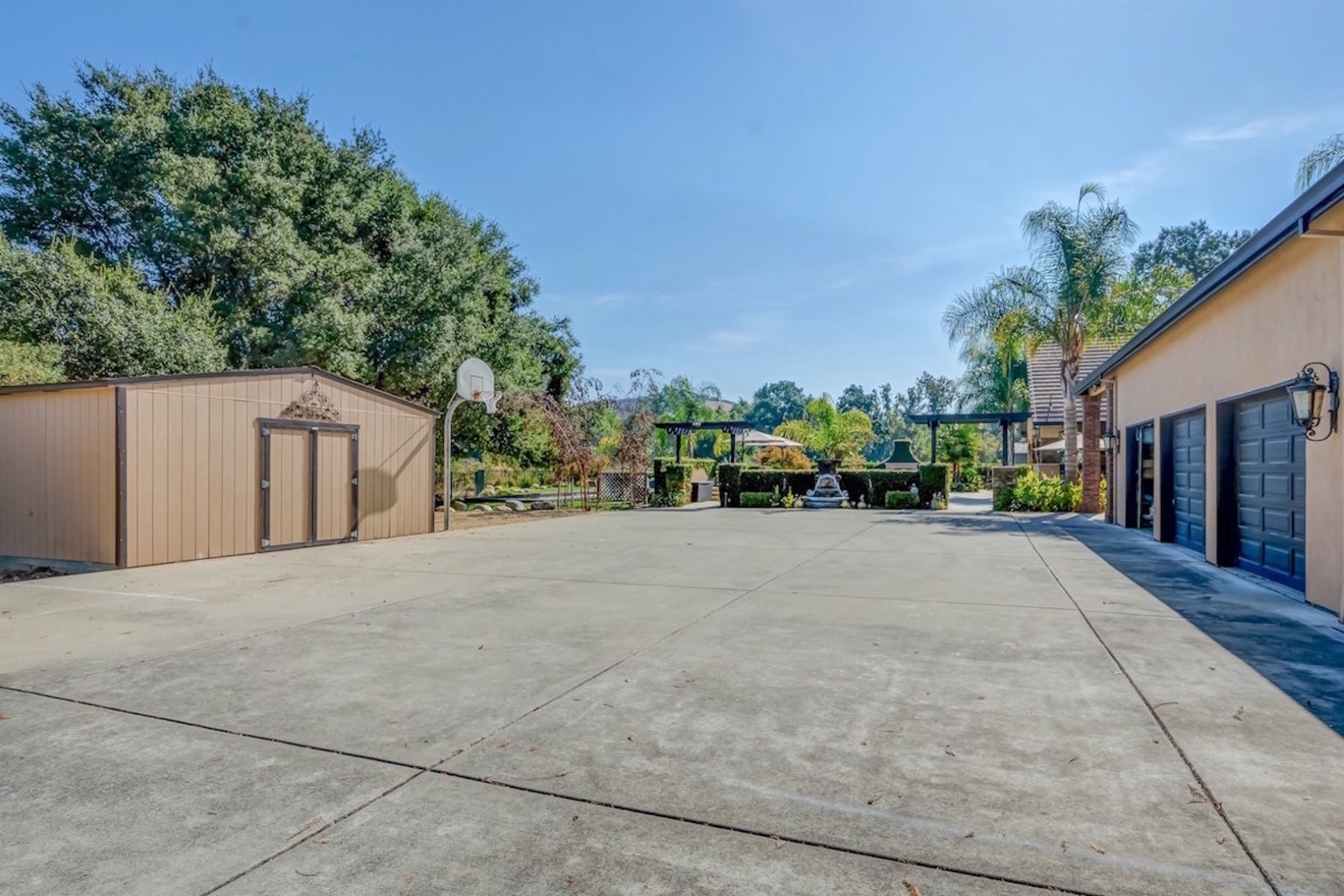 Additional photo for property listing at 7700 Foothill Road, Pleasanton 7700 Foothill Rd Pleasanton, California 94566 United States