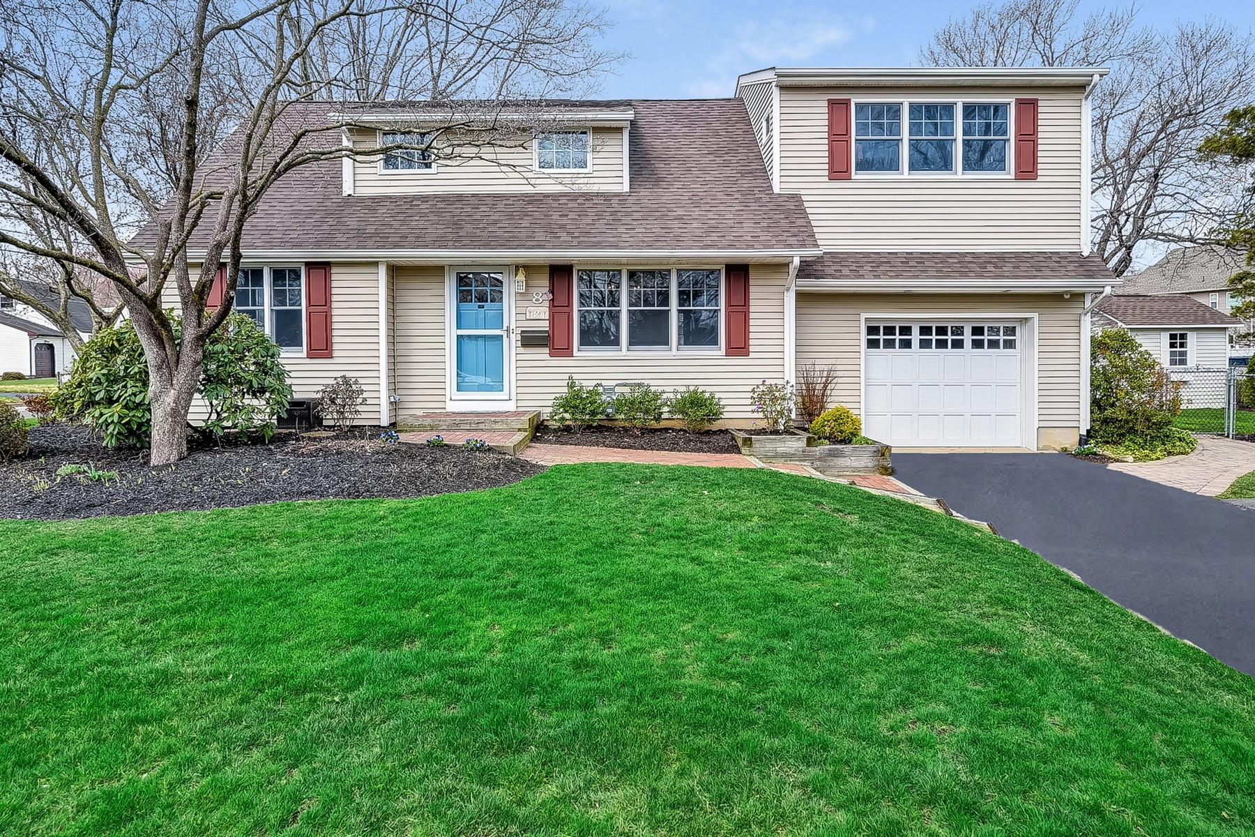 Single Family Homes for Sale at Warm and Inviting 8 Elaine Road East Brunswick Township, New Jersey 08816 United States
