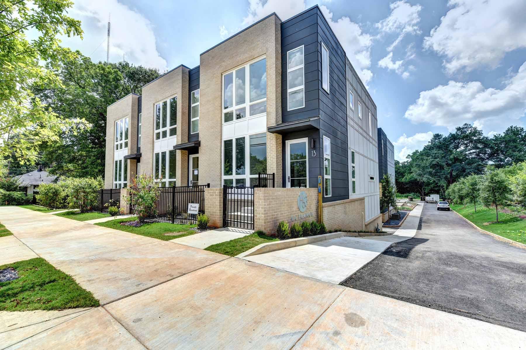 Adosado por un Venta en Fifteen Modern Townhomes by Award Winning Cablik-Enterprises 1463 La France Street Unit 7 Atlanta, Georgia, 30307 Estados Unidos