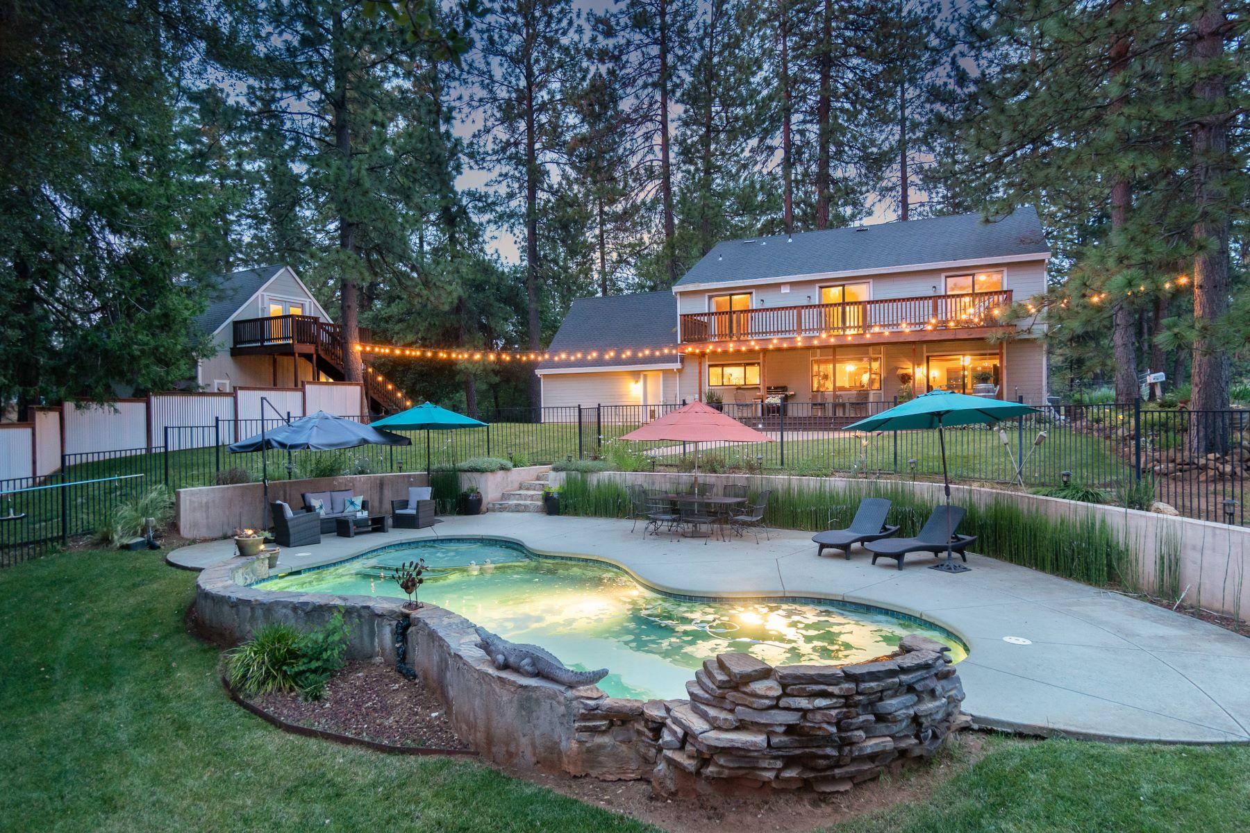Single Family Homes por un Venta en Enchanting Country Estate 17476 Fiddletown Road Fiddletown, California 95629 Estados Unidos