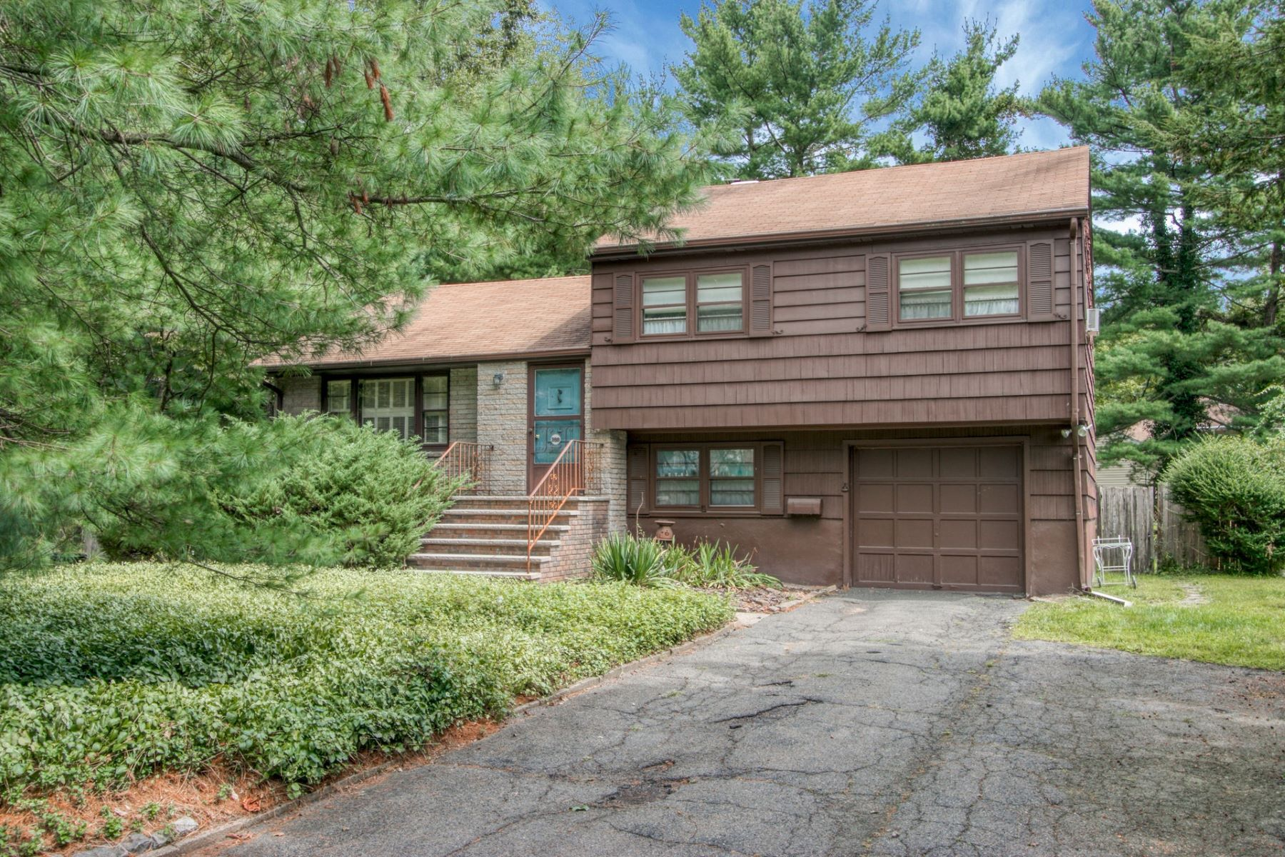 Single Family Homes for Active at 388 Piermont Rd Demarest, New Jersey 07627 United States
