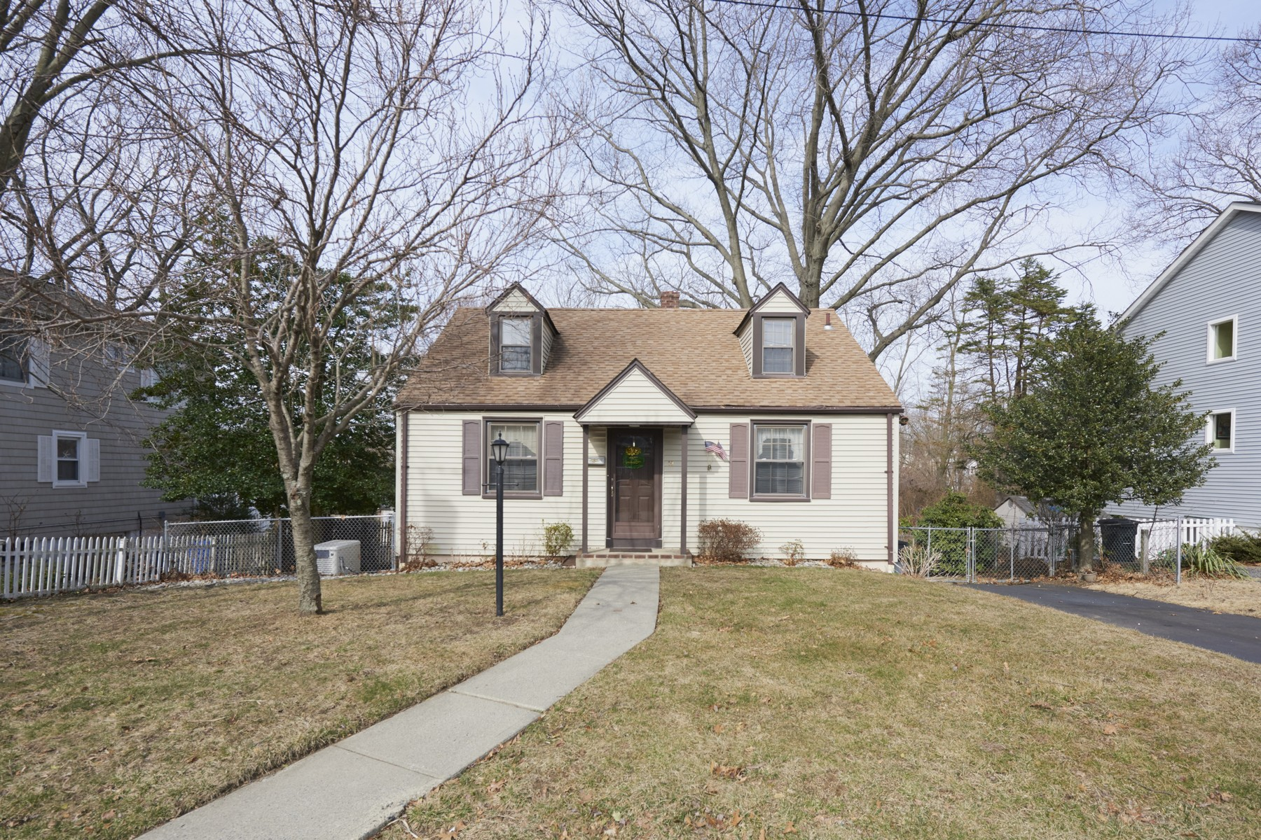 single family homes for Sale at Cape Cod 19 Bowne Ave., Atlantic Highlands, New Jersey 07716 United States