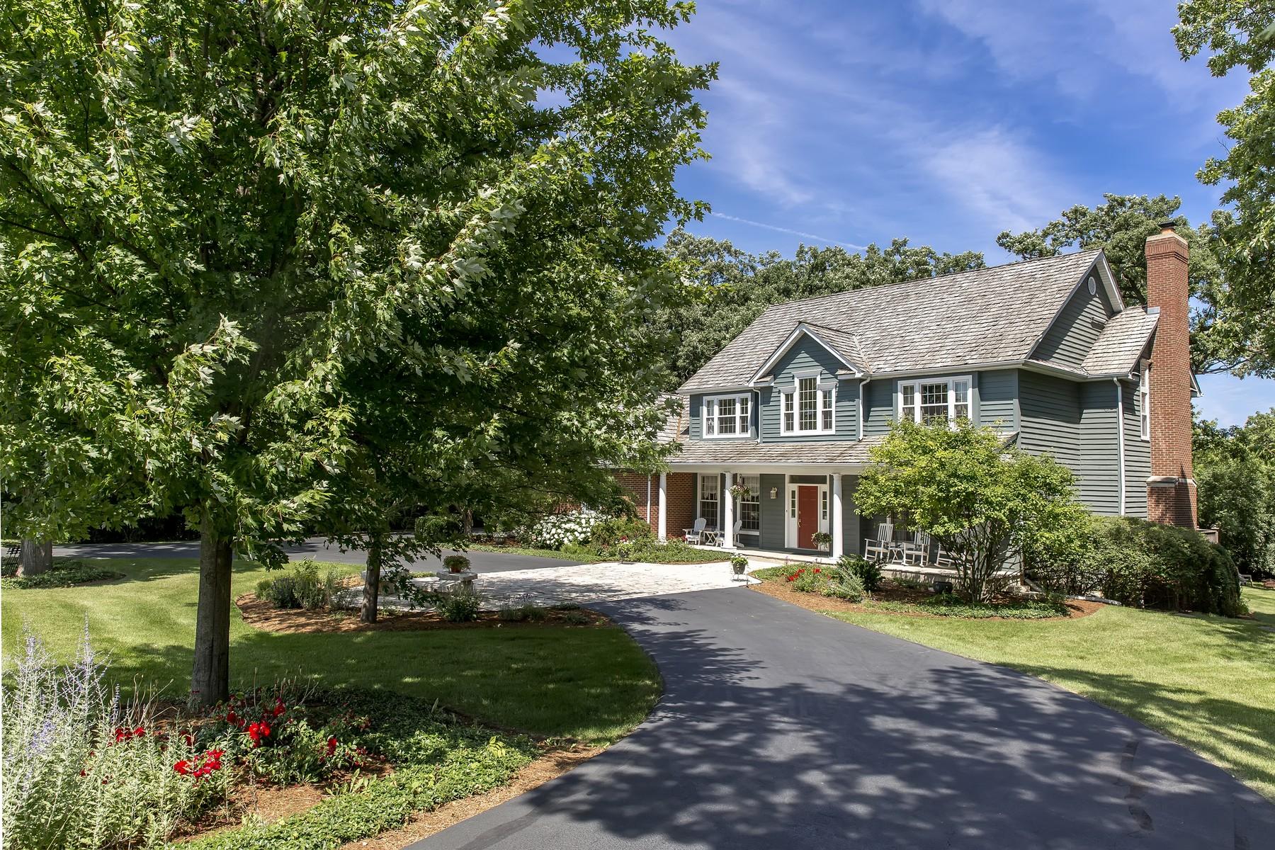 단독 가정 주택 용 매매 에 Meticulously Maintained Two Story Home 20948 N Swansway Deer Park, 일리노이즈, 60010 미국