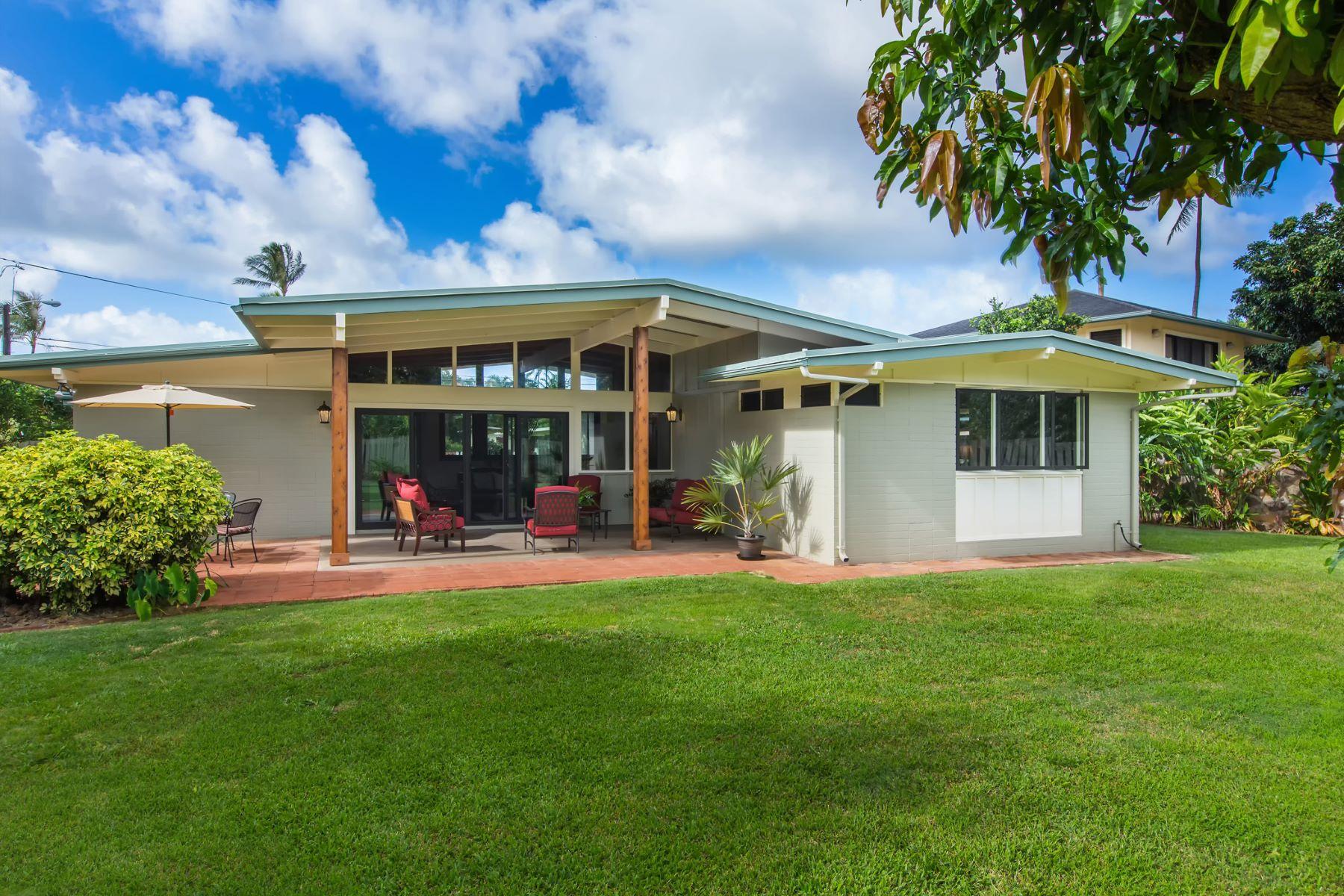 Casa para uma família para Venda às Timeless Olomana Elegance 1591 Uluhao Place Kailua, Havaí 96734 Estados Unidos