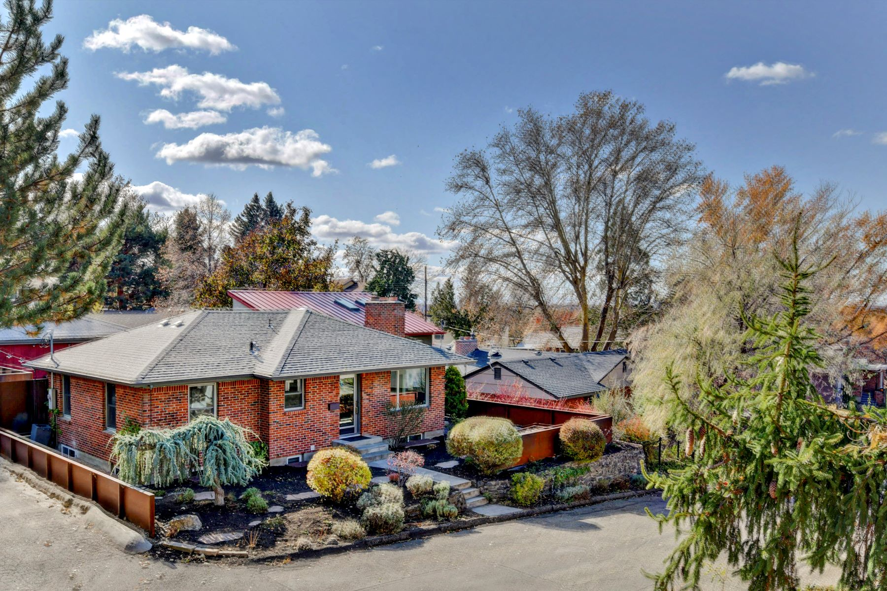 Single Family Homes for Sale at 2515 Heights Drive, Boise 2515 N Heights Dr Boise, Idaho 83702 United States