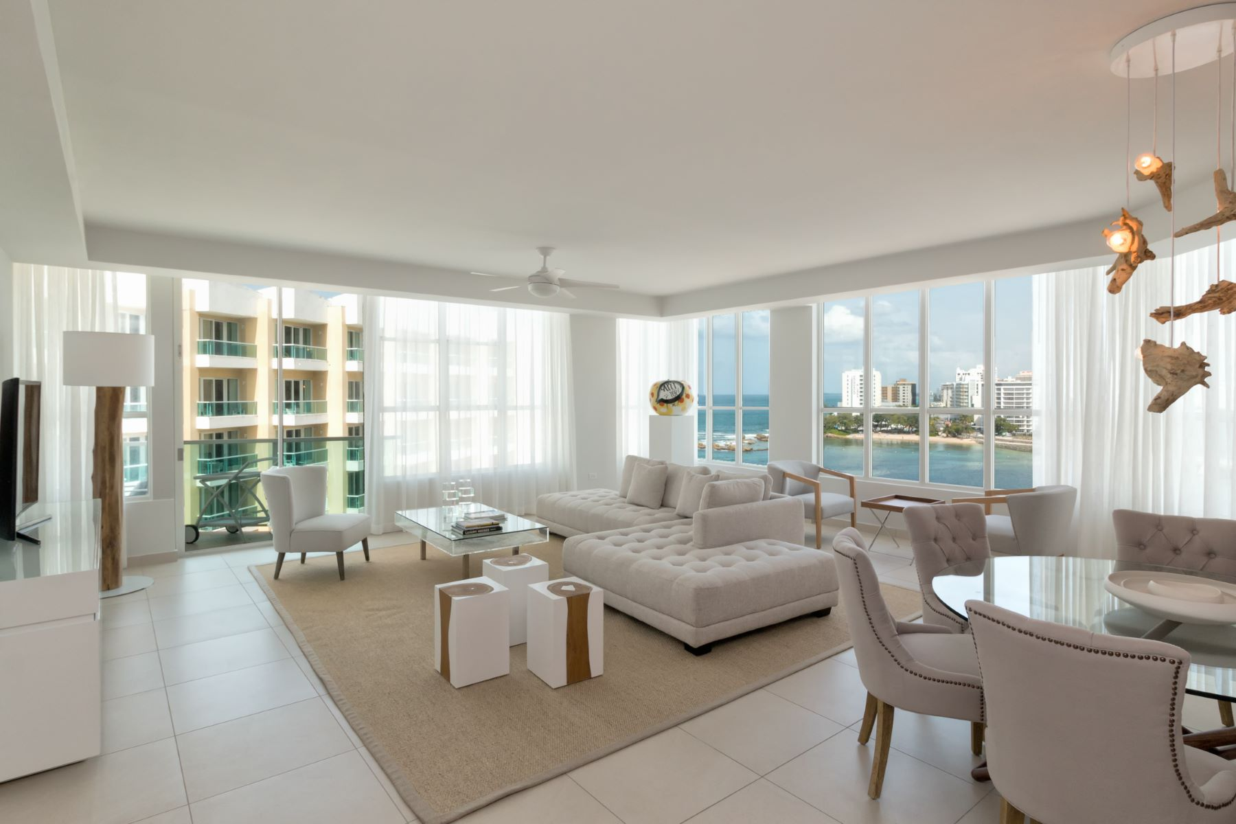 شقة للـ Rent في Sought After Top Floor Apartment at Bahia Plaza 25 Muñoz Rivera Ave. Apt. 911 San Juan, Puerto Rico 00901 Puerto Rico