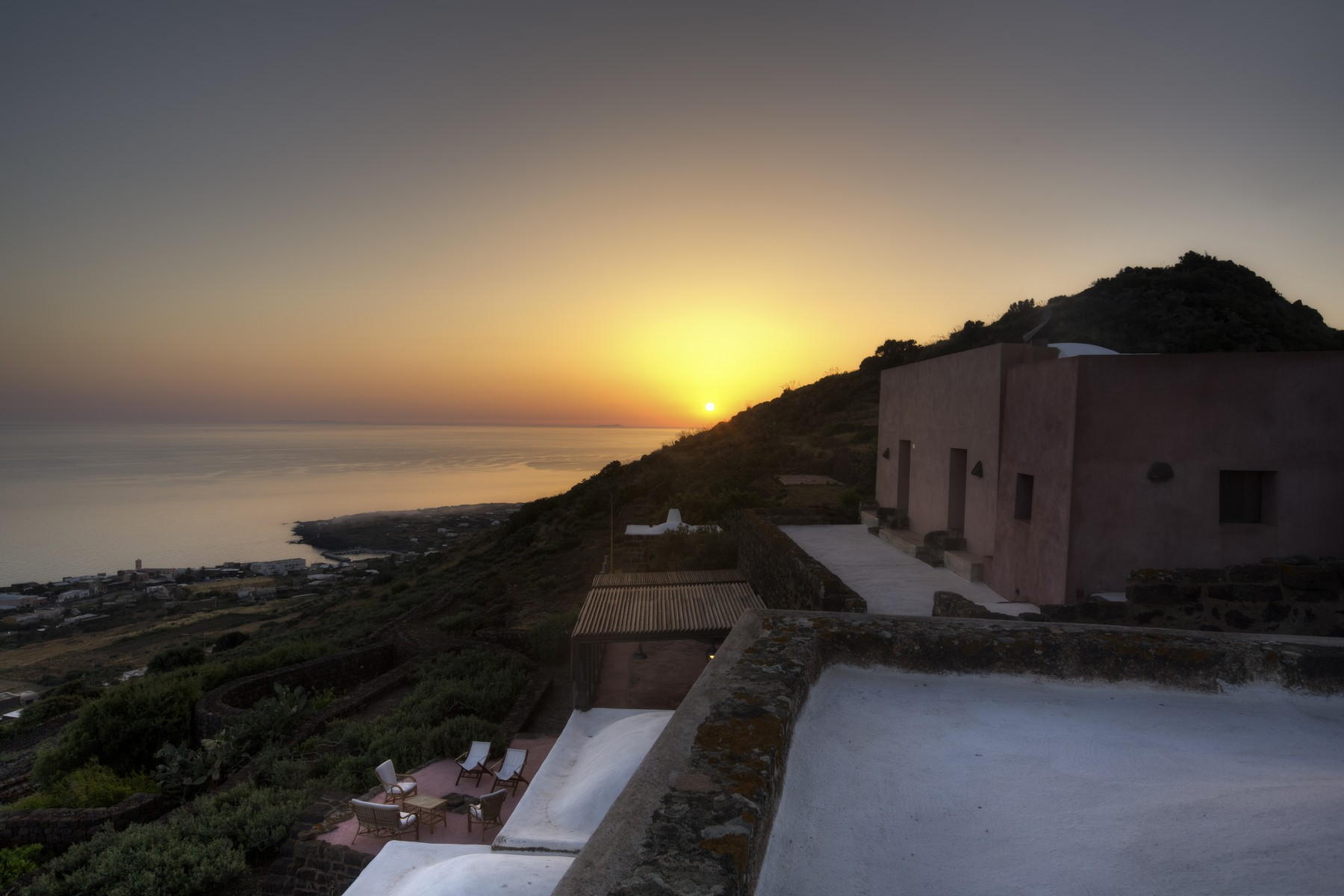 Additional photo for property listing at An untouched paradise in the exclusive island of Pantelleria Località Scauri Pantelleria, Trapani 91017 Italy