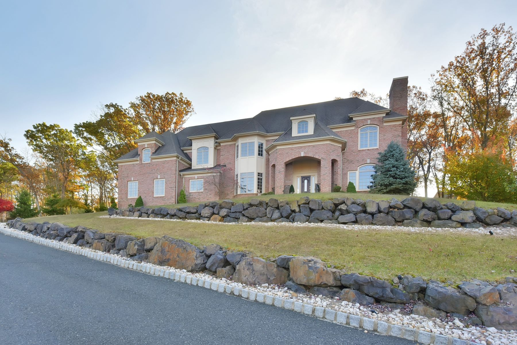 Single Family Homes for Sale at Pristine Estate 10 Kappelmann Drive Green Brook Township, New Jersey 08812 United States