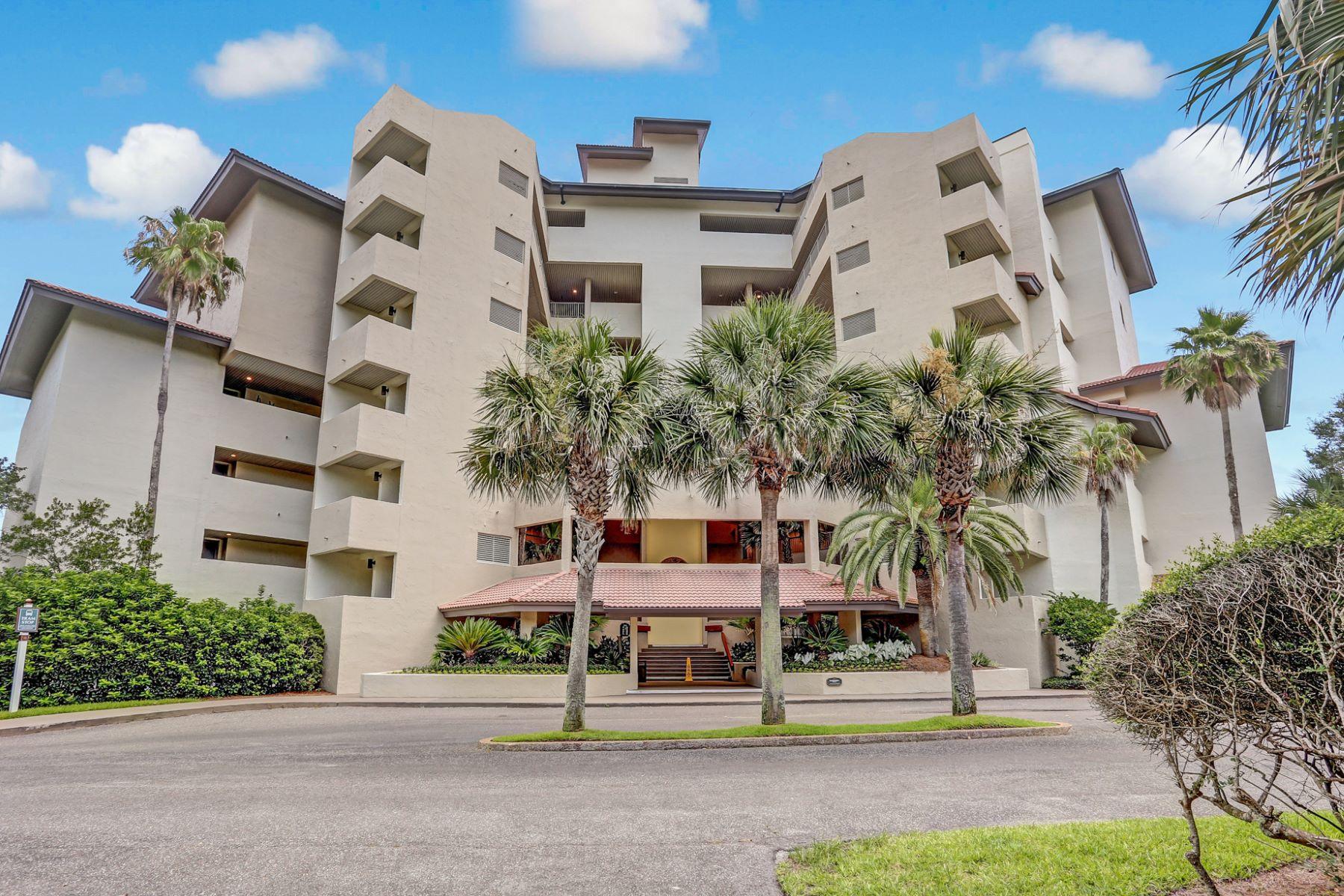 Condomínio para Venda às Oceanfront Villa in Prestigious Community 232 Sandcastles Court Amelia Island, Florida, 32034 Estados Unidos