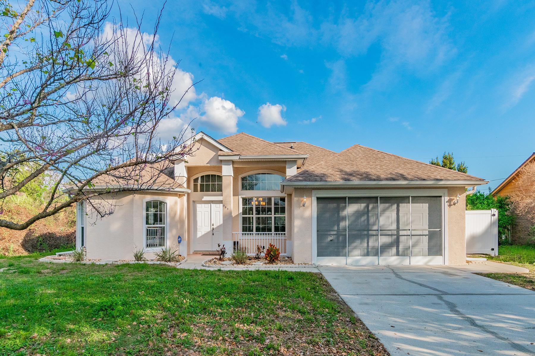 단독 가정 주택 용 매매 에 Deltona 909 Clayton Dr Deltona, 플로리다 32725 미국