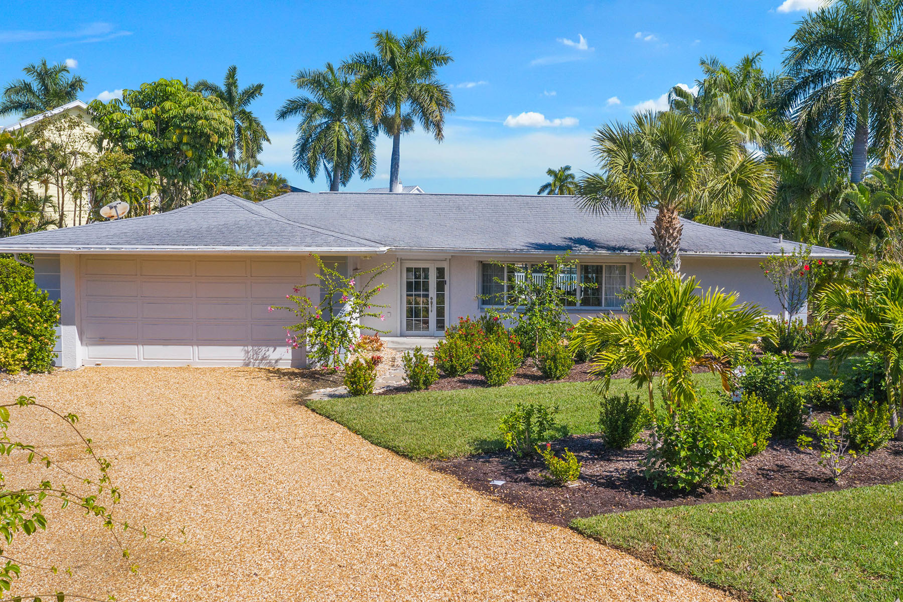 Single Family Homes for Sale at WATER SHADOWS 1560 Royal Poinciana Drive, Sanibel, Florida 33957 United States
