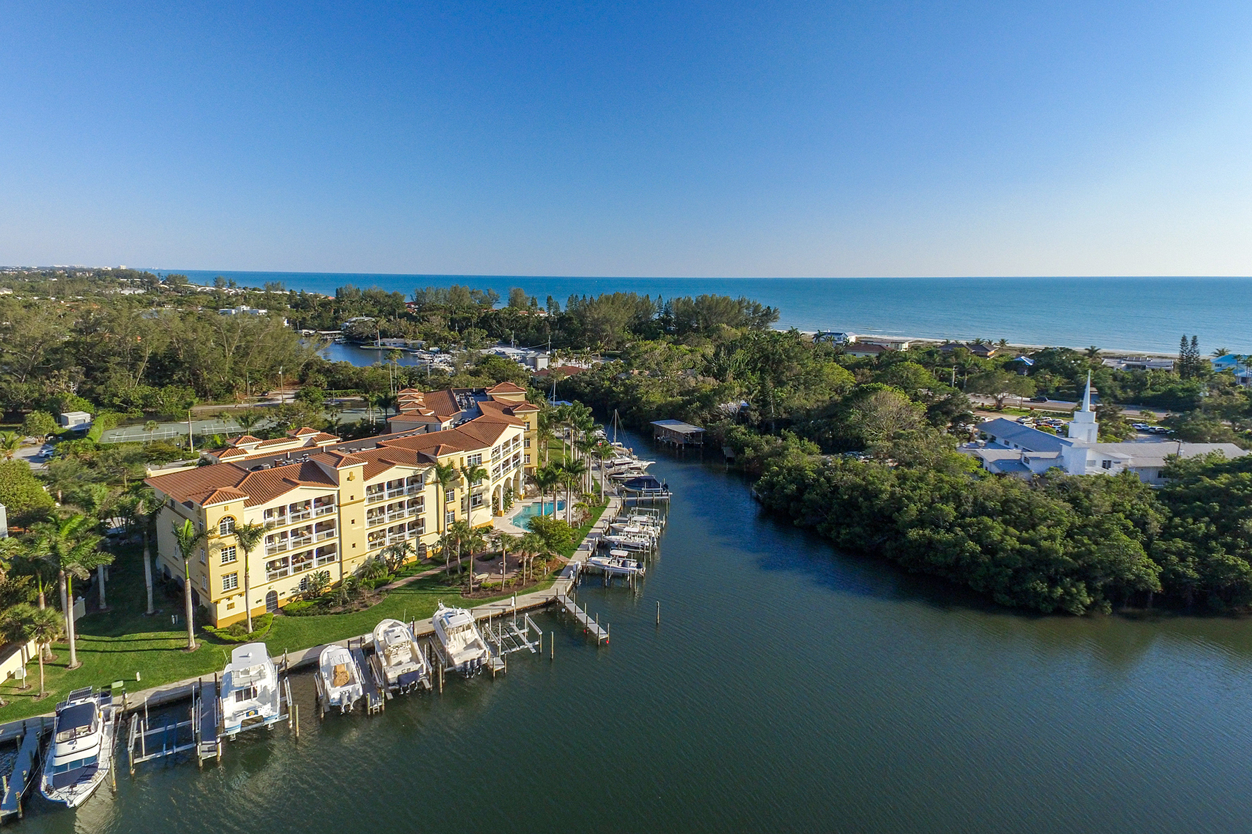 Condominiums por un Venta en GRAND MARINER ON LONGOBOAT KEY 595 Dream Island Rd , 36B, Longboat Key, Florida 34228 Estados Unidos